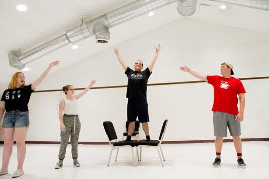 Pippin Rehearsal Cast Pics 5463