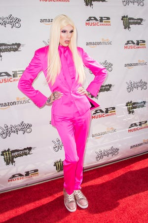 Jeffree Star arrives at the 2016 Journeys AP Music Awards in Columbus, Ohio.
