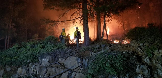 Night operations on the Taylor Creek Fire July 28, 2018.