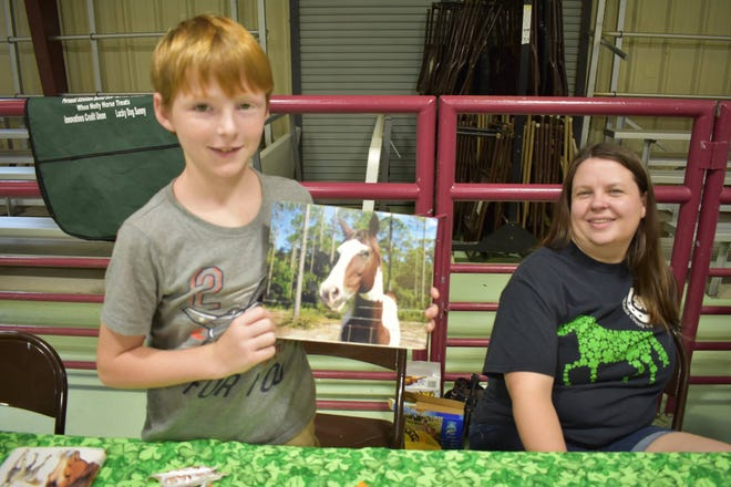 On Saturday, more than 100 children visited the Wakulla 4-H Open House and Back to School BBQ event with their families at the UF/IFAS Wakulla Extension Office in Crawfordville.