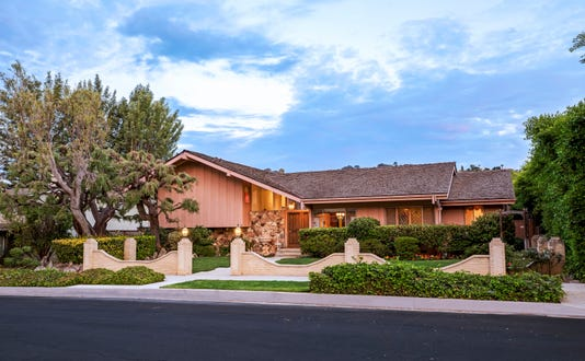 Ap Brady Bunch House A File Ent Usa Ca