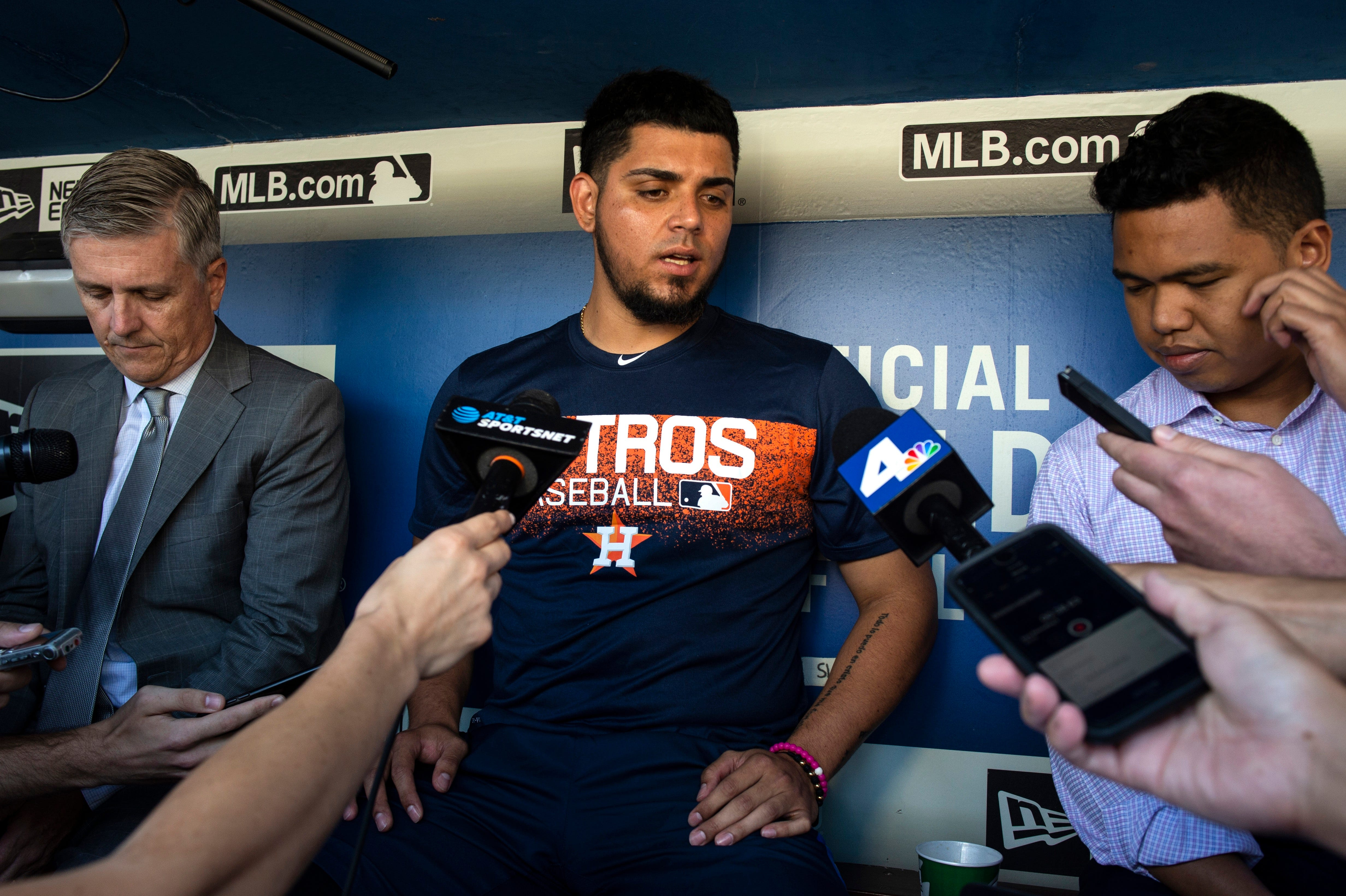 sale retailer 5b6c9 1f9cf Roberto Osuna finds support in Houston following suspension
