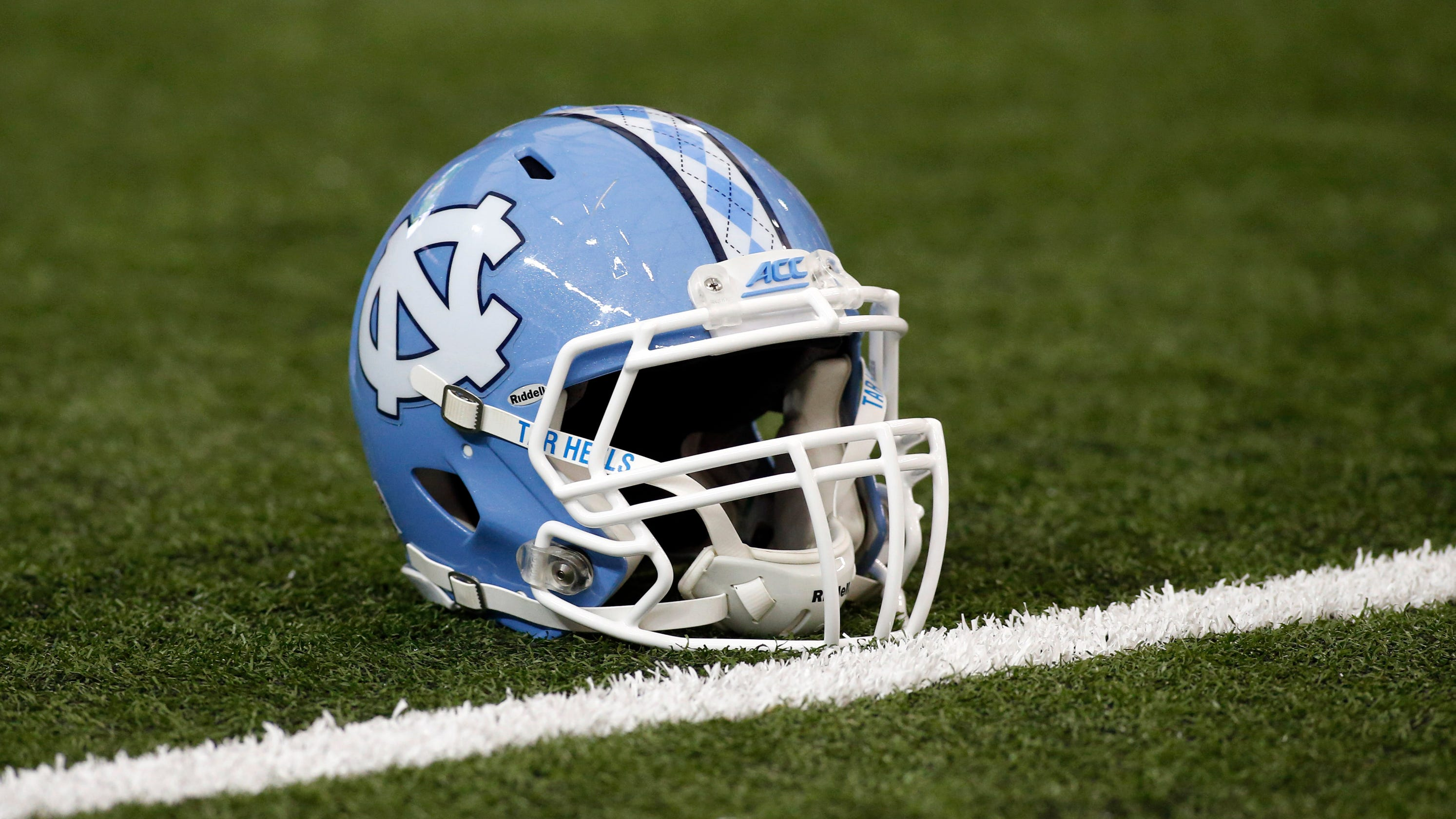 UNC: 13 players suspended for selling team-issued shoes North Carolina Football Shoes