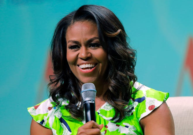 Michelle Obama: Former first lady, author and ... wedding officiator?