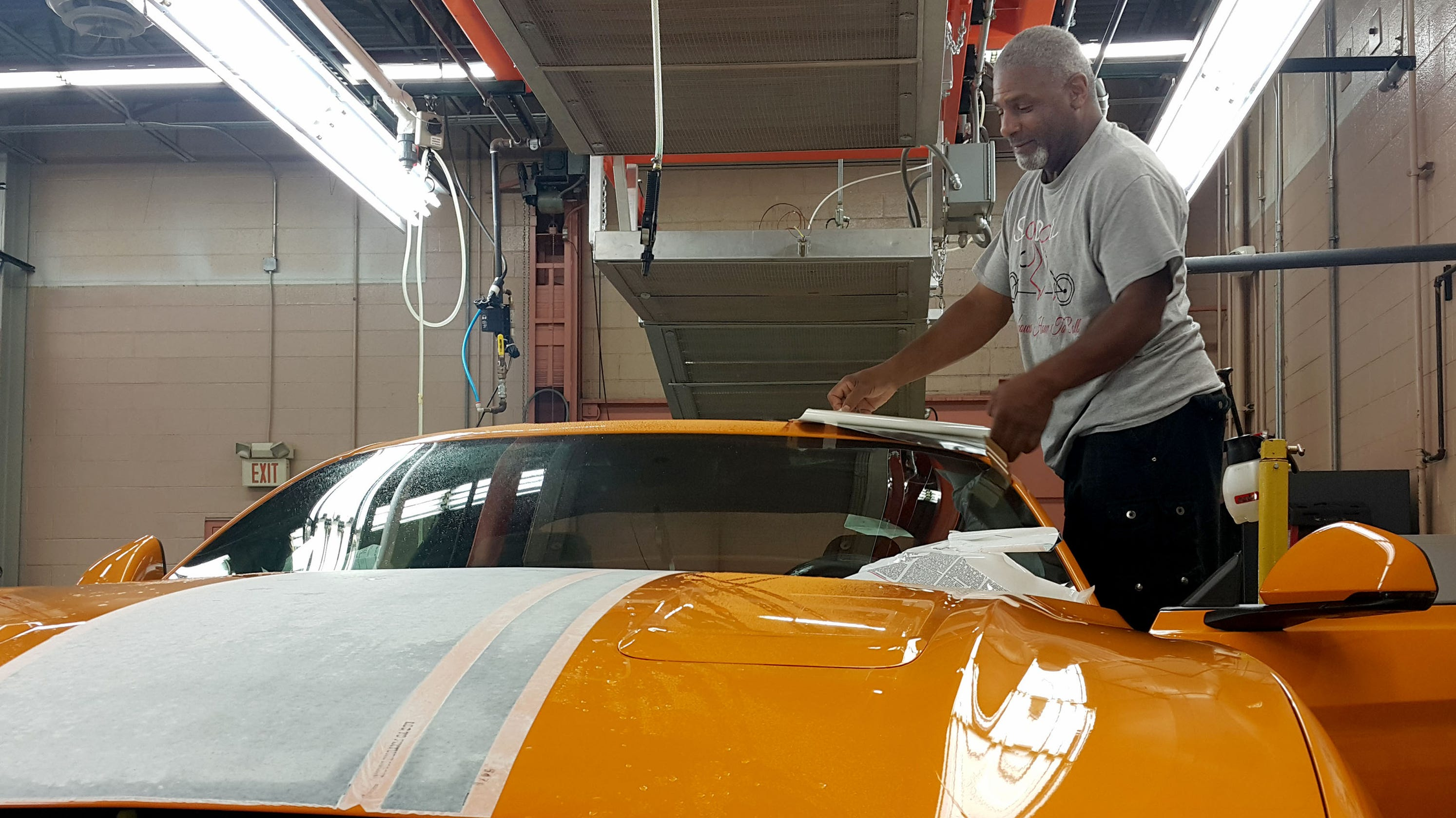 10 millionth mustang shatters sports car record ford to celebrate