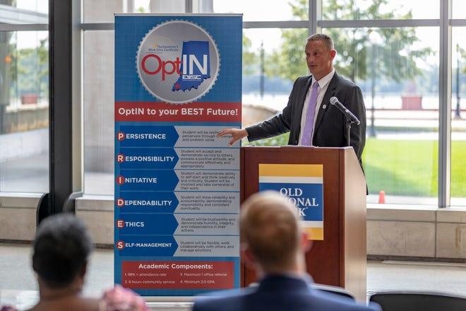 OptIN Executive Director B.J. Watts explains a new certificate offered to EVSC seniors.
