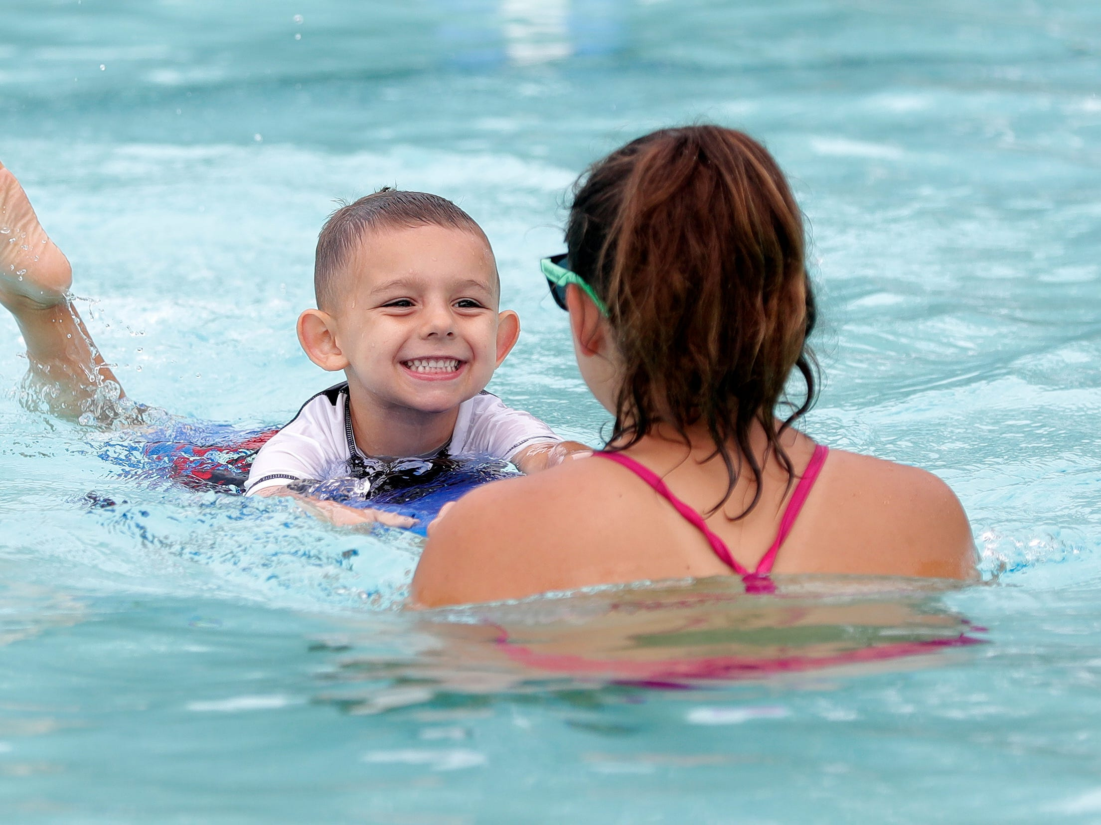 Agenda: Efforts to save De Pere pool, Green Bay ethics policy and term limits questioned