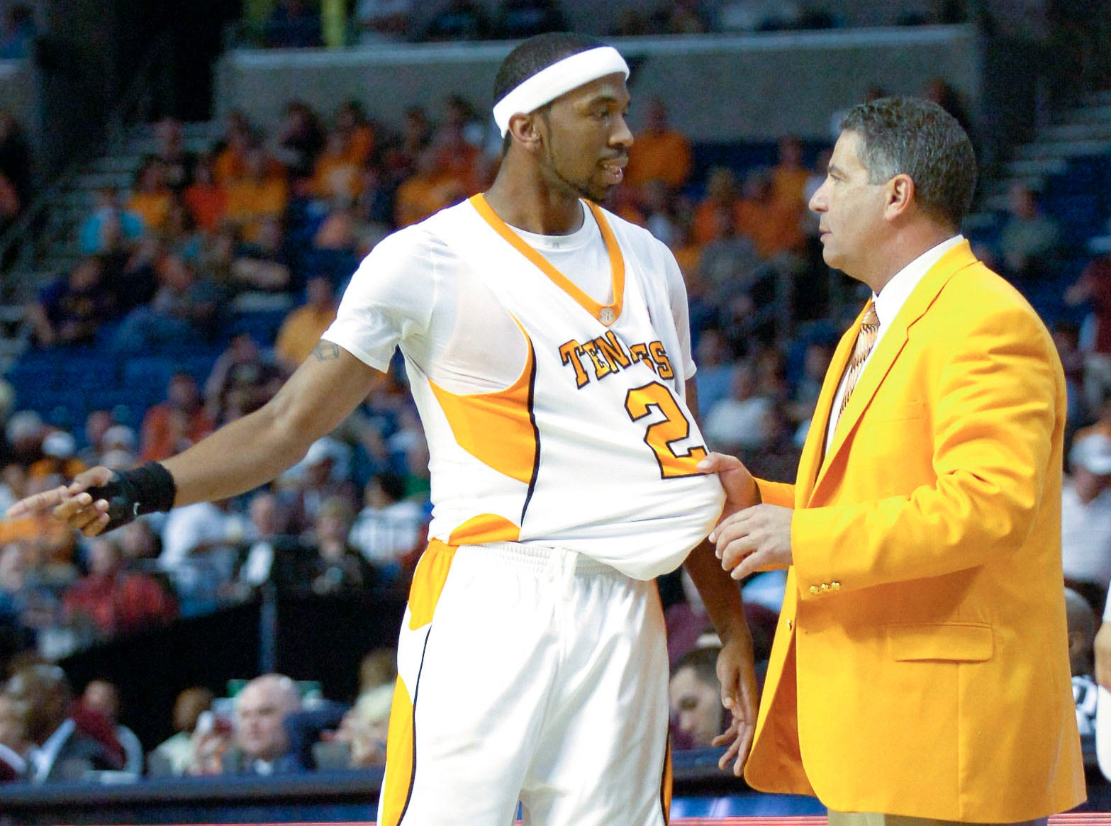 Tennessee head coach Bruce Pearl talks with Cameron Tatum during the game against Mississippi State at the 2009 SEC Tournament Championship game in Tampa, FL on Sunday. UT lost the game 64-61 in their first appearance since 1991.