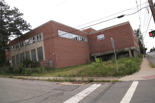 The City of Mansfield is taking steps toward demolishing the old YMCA on Park Avenue West.