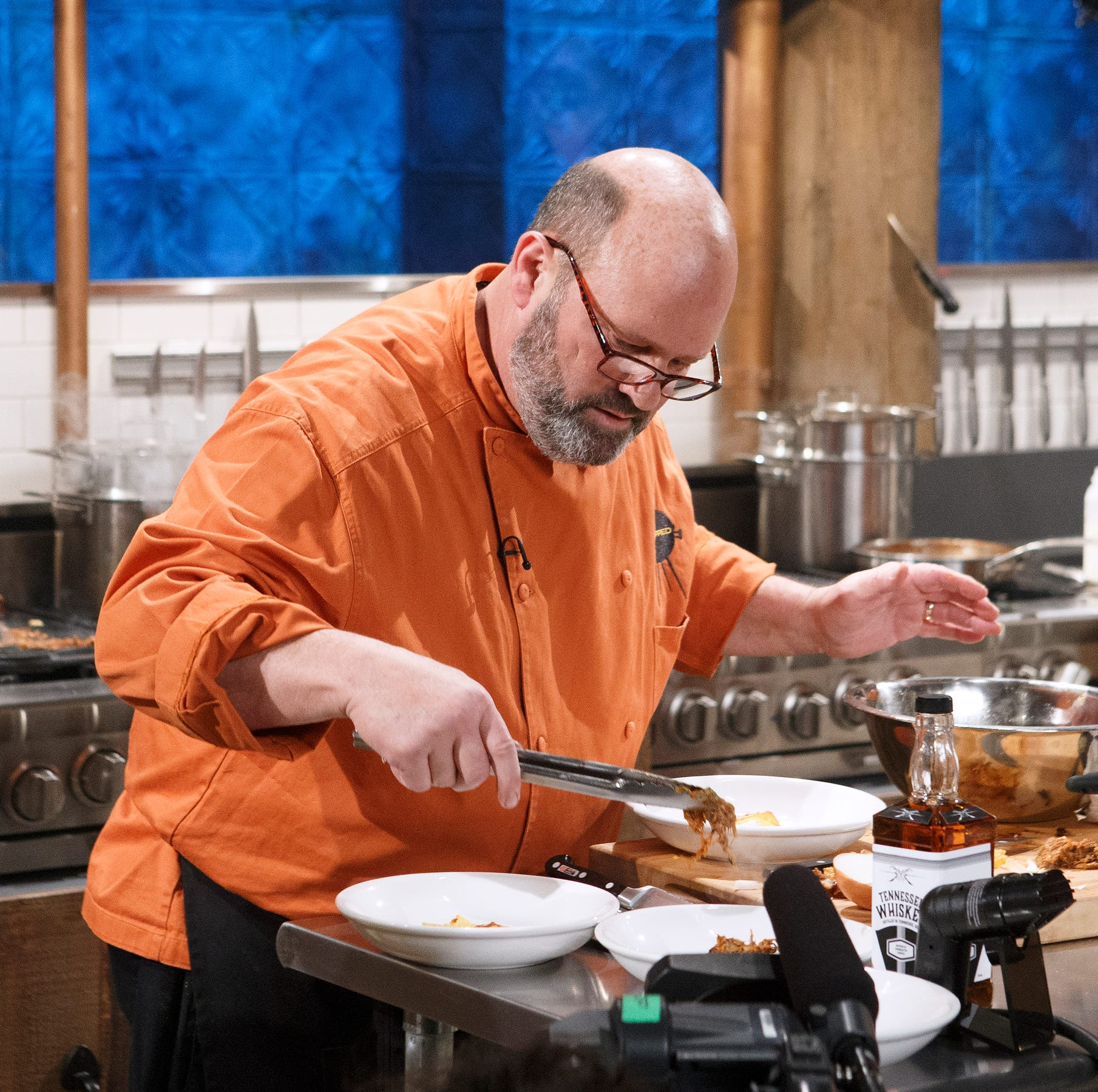 Memphis-style barbecue pitmasters battle on Food Network's 'Chopped'