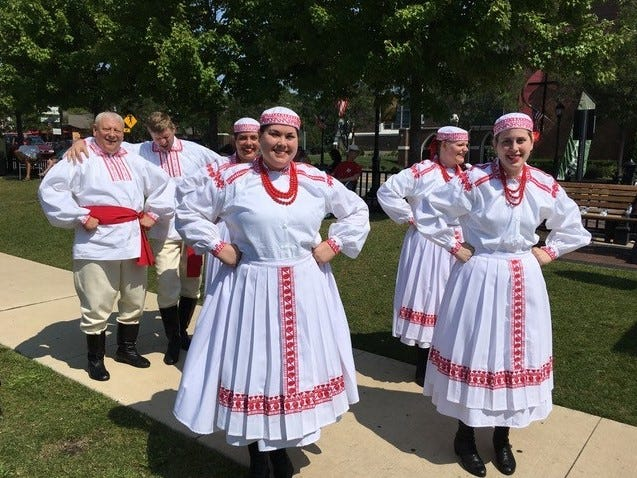 The Wawel Folk Dance Ensemble entertained an enthusiastic crowd on a warm summer day.