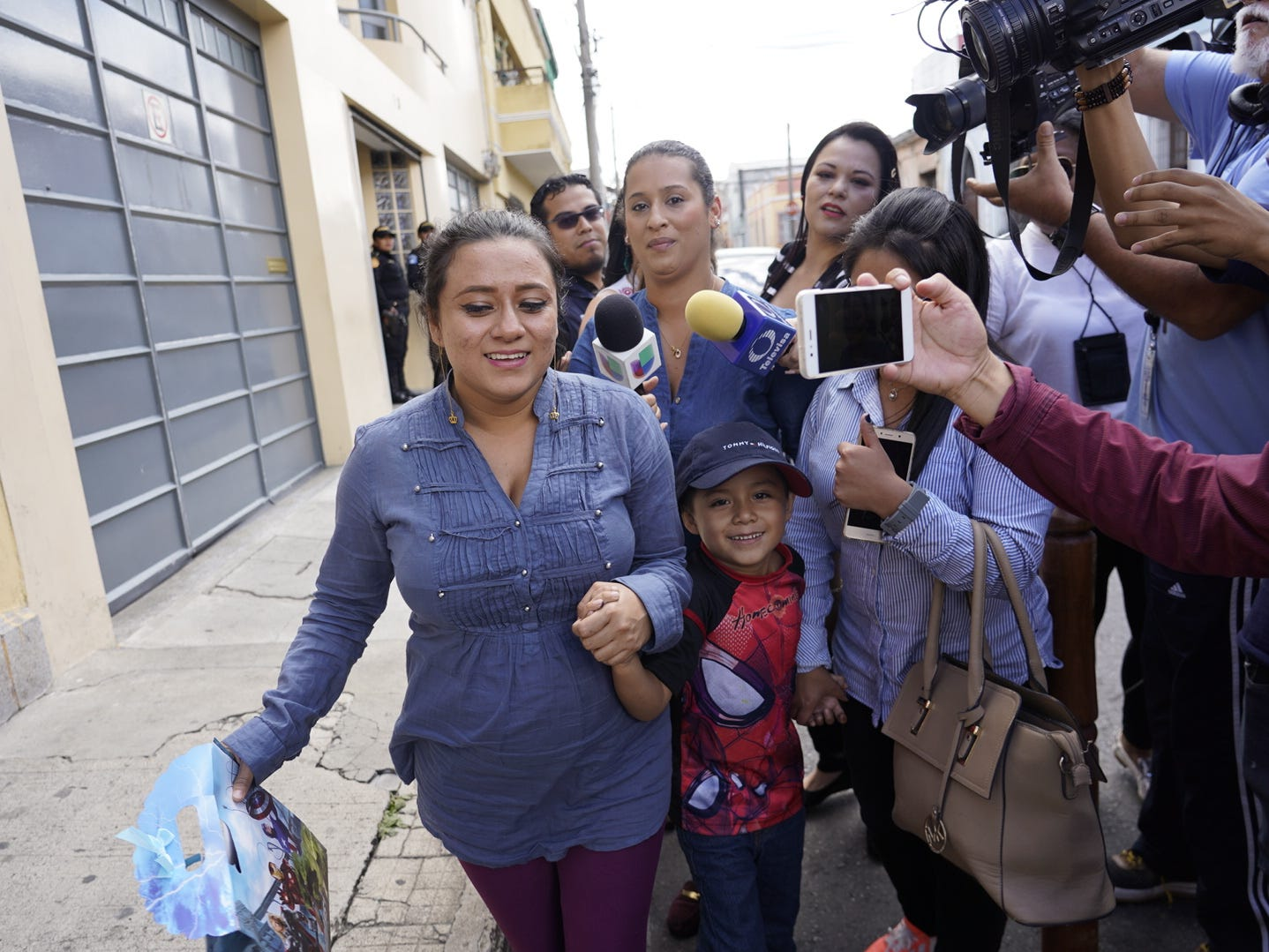 Leo Jeancarlo DeLeon is reunited with his mother, Lourdes Marianela DeLeon, in Guatemala on Aug. 7, 2018.