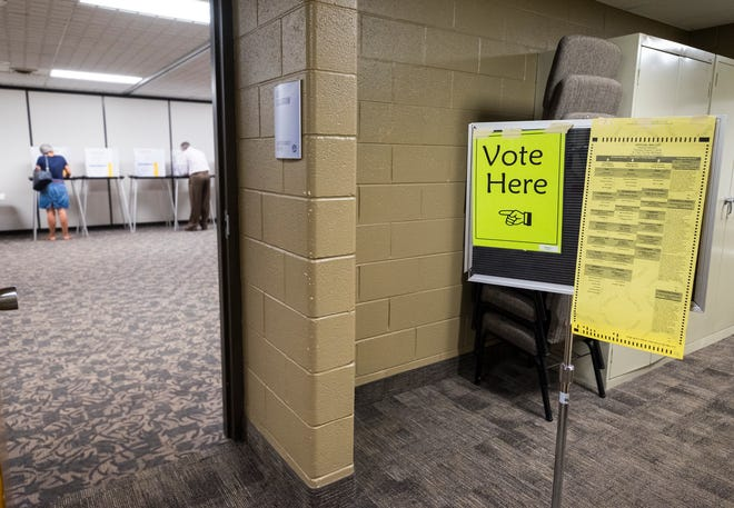 Port Huron residents cast their votes Tuesday, Aug. 7, 2018, in the August primary elections at Colonial Woods MIssionary Church in Port Huron.