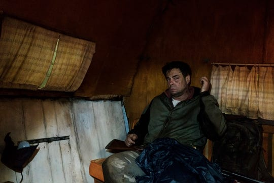 Benicio Del Toro as Richard Matt in Escape At Dannemora.