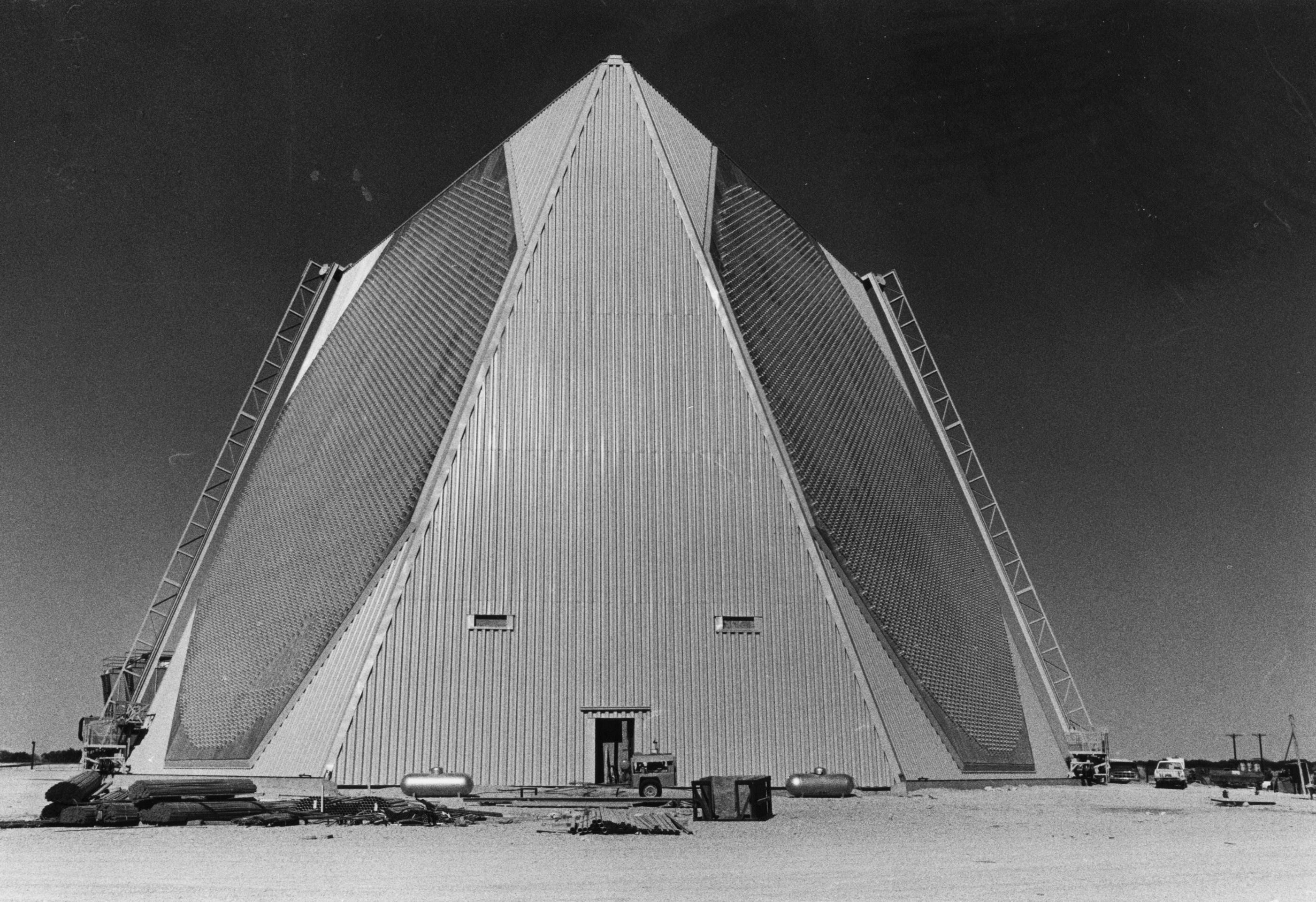 Cold War radar installation still turns heads along U.S. Highway 277 in Texas