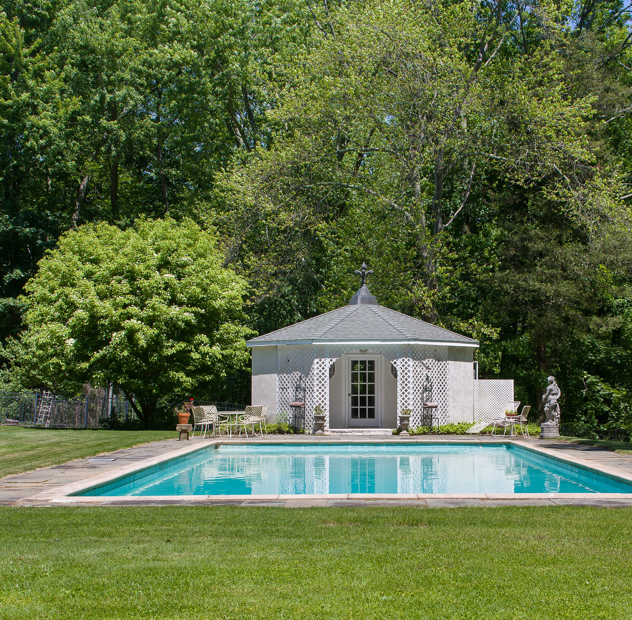 Marilyn Monroe and Arthur Miller held wedding reception in Waccabuc home for sale