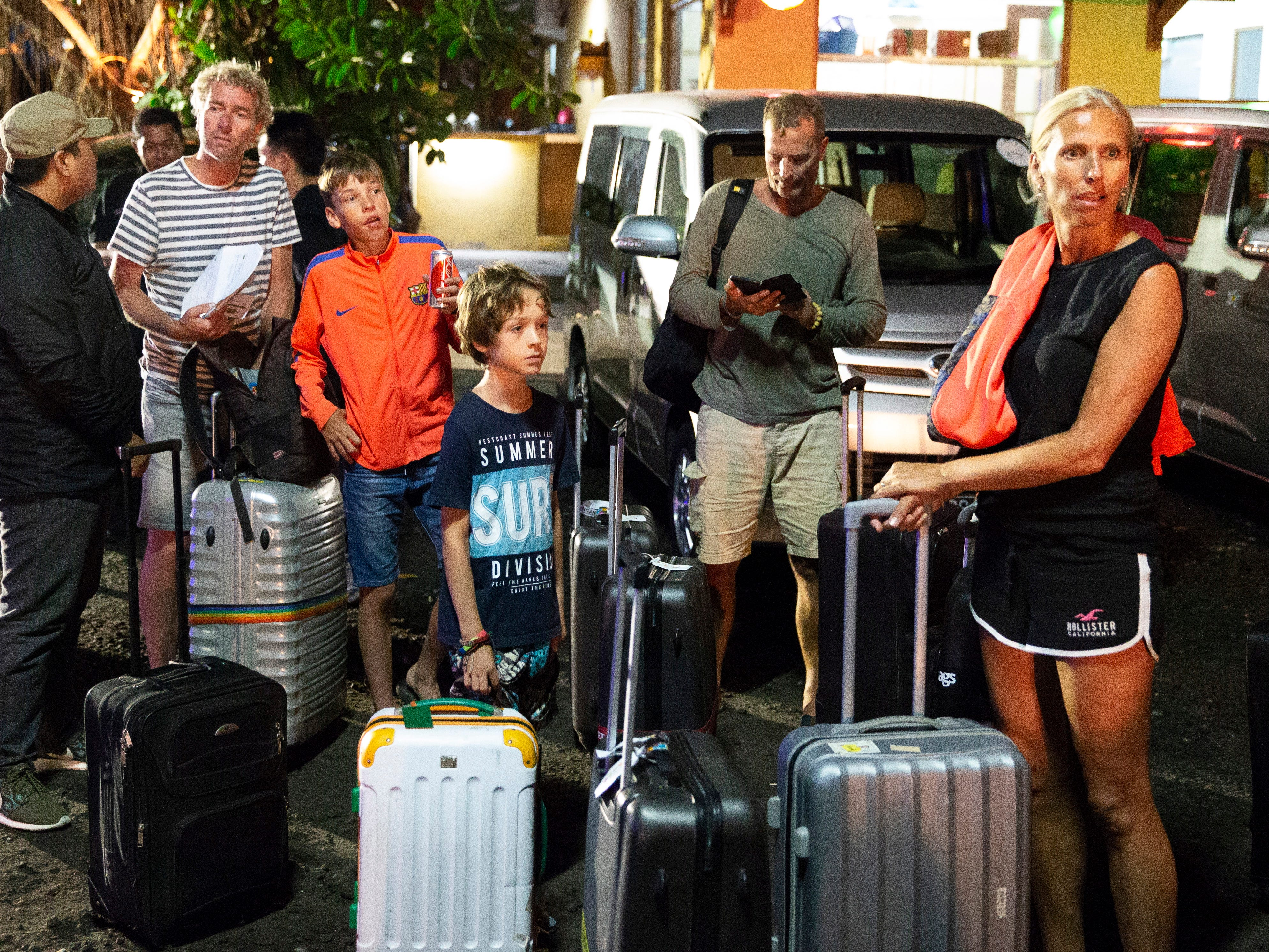 Foreign and domestic tourists evacuated from Gili island in Lombok following the earthquake, arrive at Benoa port in Bali, Indonesia onAug. 7, 2018. According to media reports, a 7.0 magnitude quake hit Indonesia's island of Lombok on Aug. 5., killing at least 91 people. Several aftershocks have been detected and hundreds of foreign tourists are on an exodus from the Indonesian island.