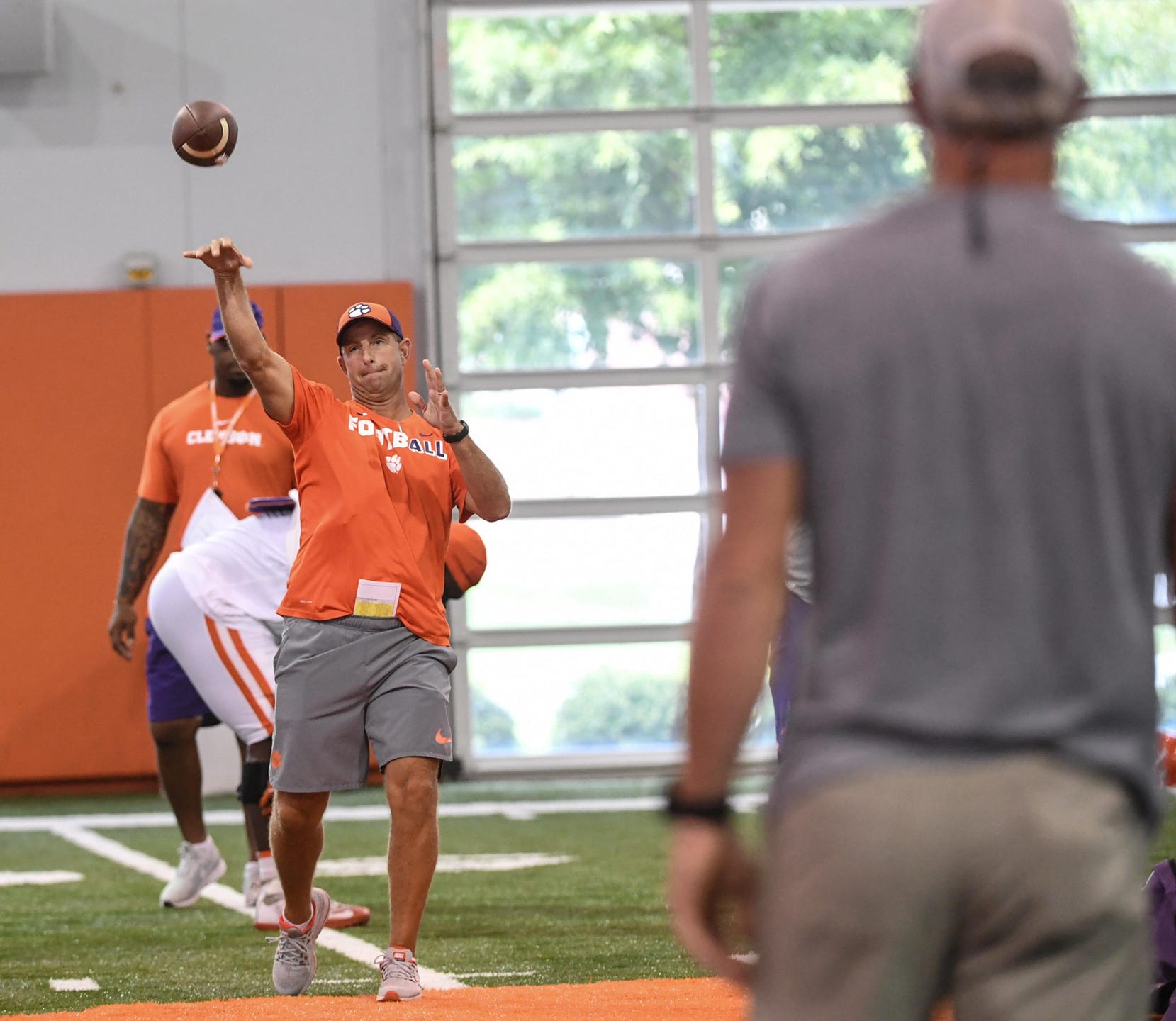 online store bbd5c 65477 Clemson football practice with corn hole and Brett Favre