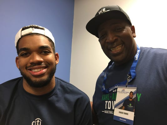 Towns Family 6