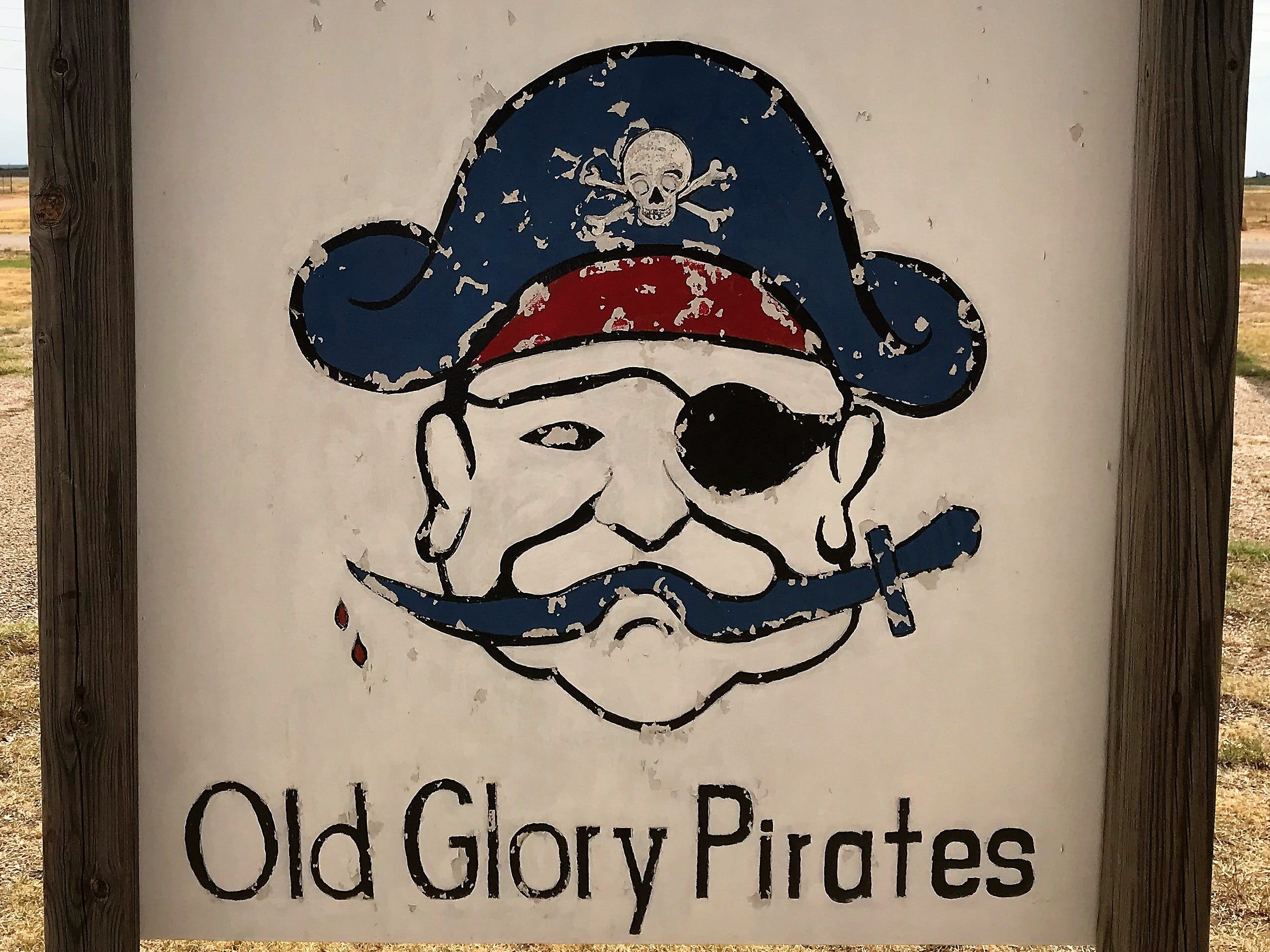 The Old Glory Pirates were known for their basketball teams.