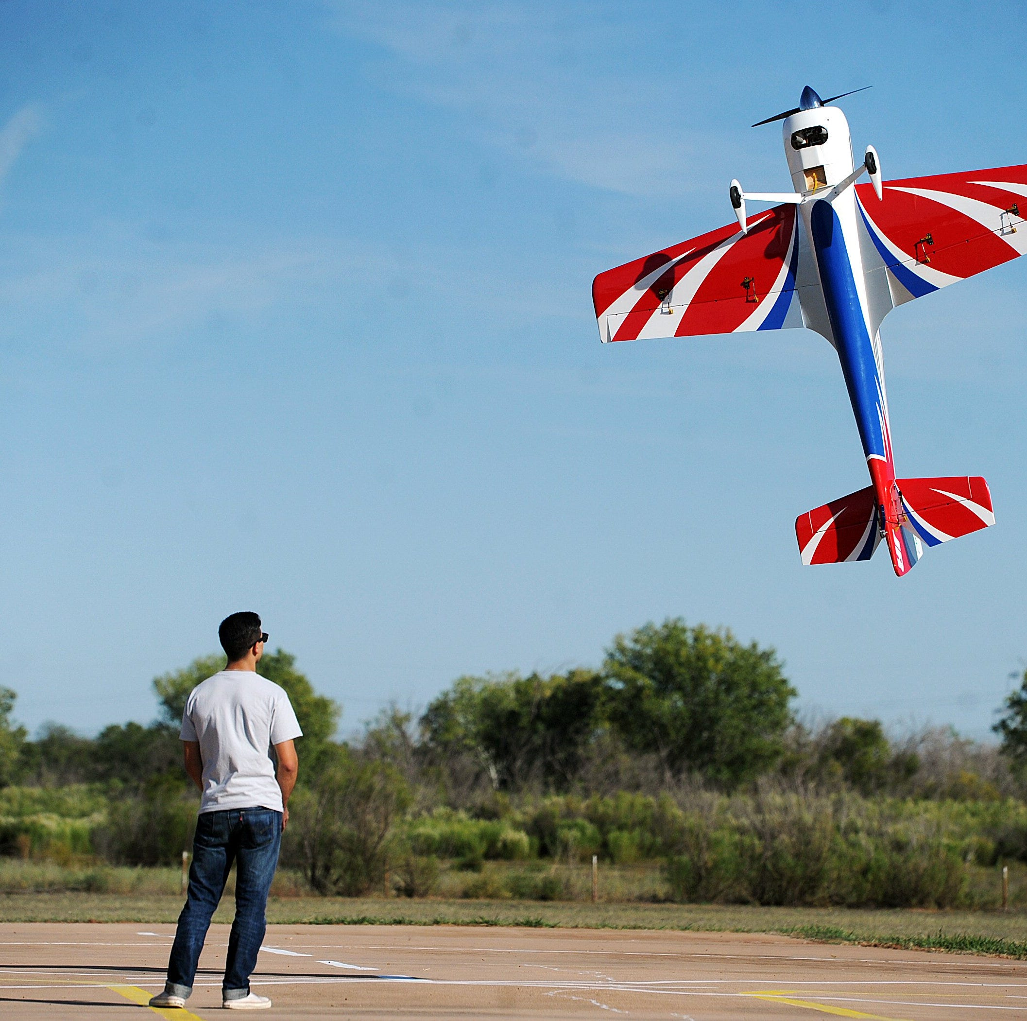 Radio-controlled replicas take flight above Abilene