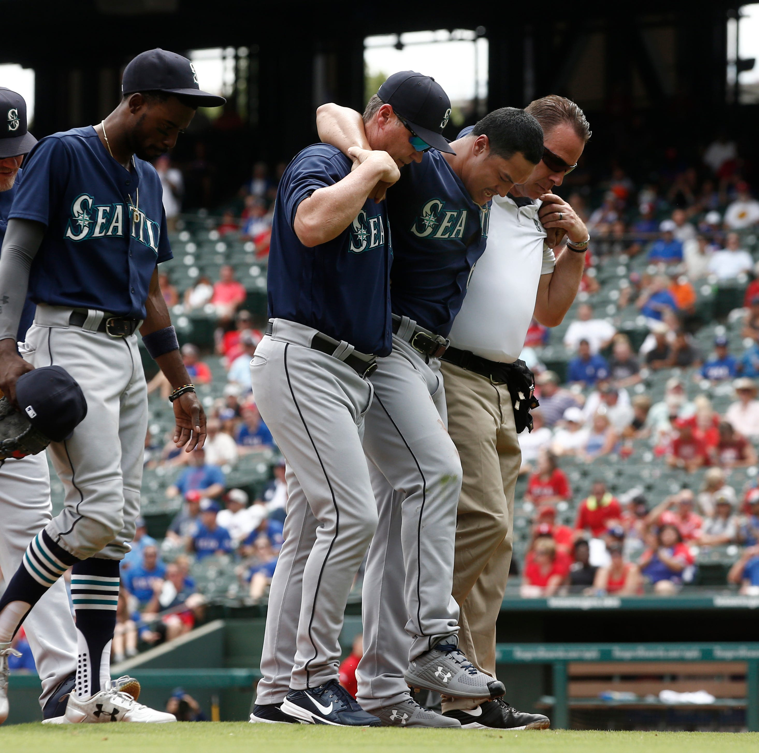 Mariners' slide continues with embarrassing loss to Rangers
