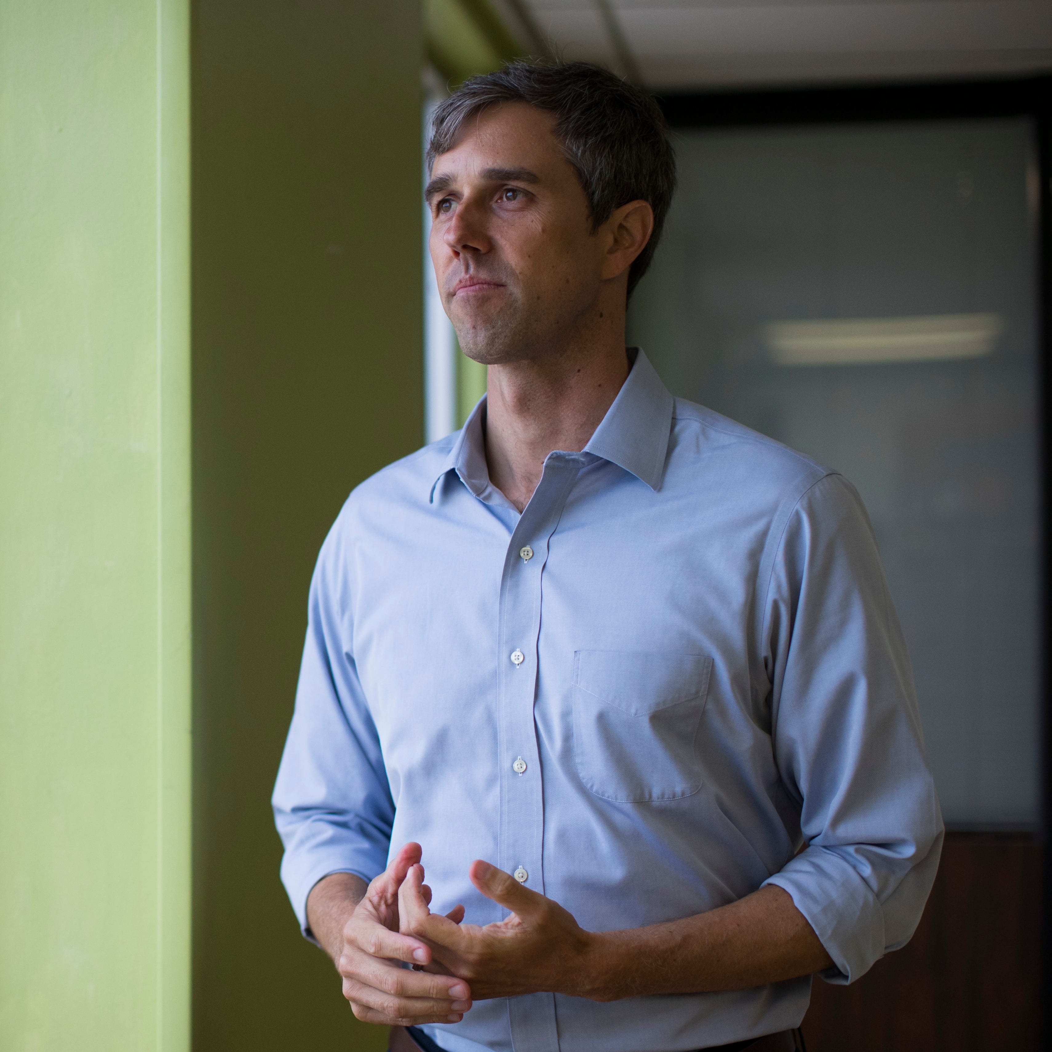 Beto O'Rourke packs venue for Corpus Christi town hall