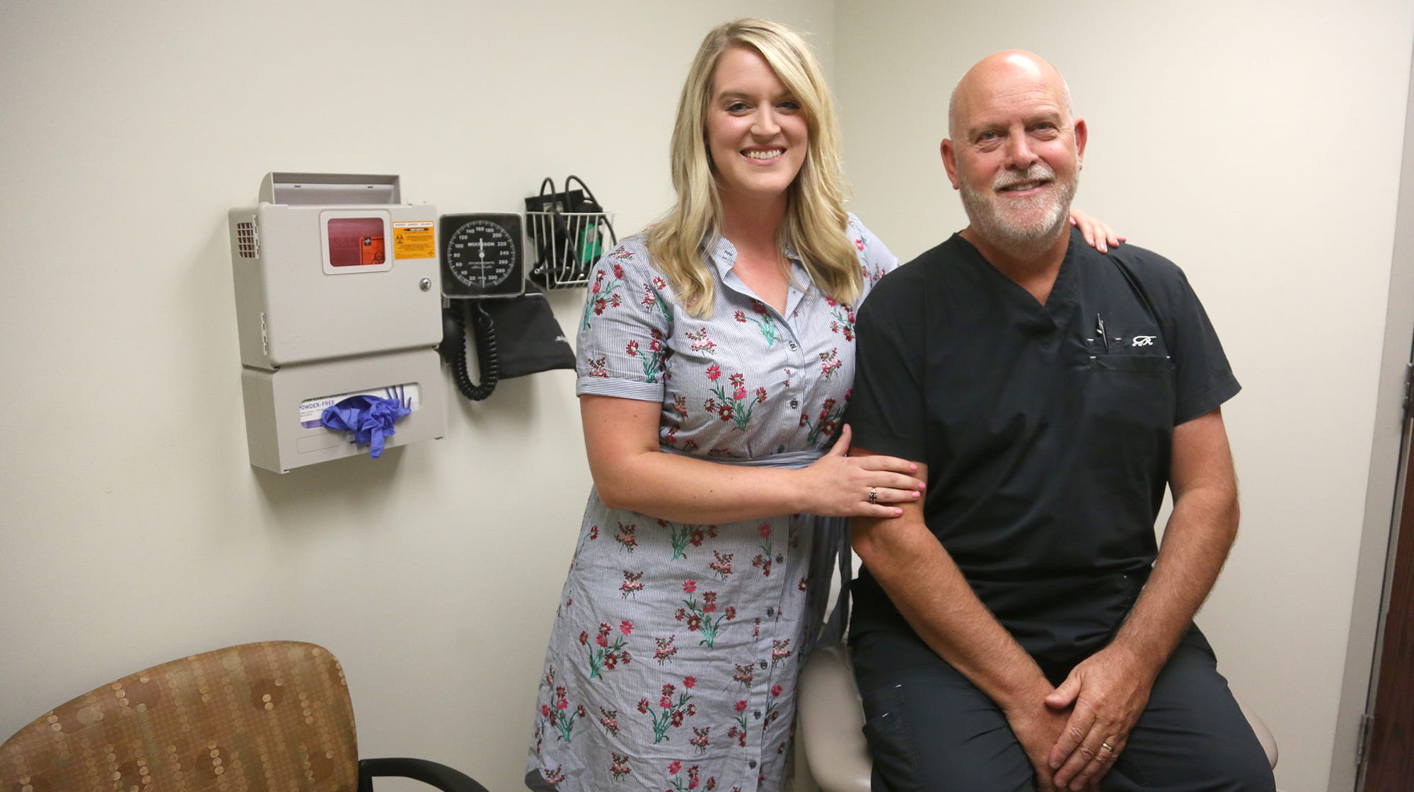 Dad, daughter doctor duo working at Indianola's Iowa Clinic