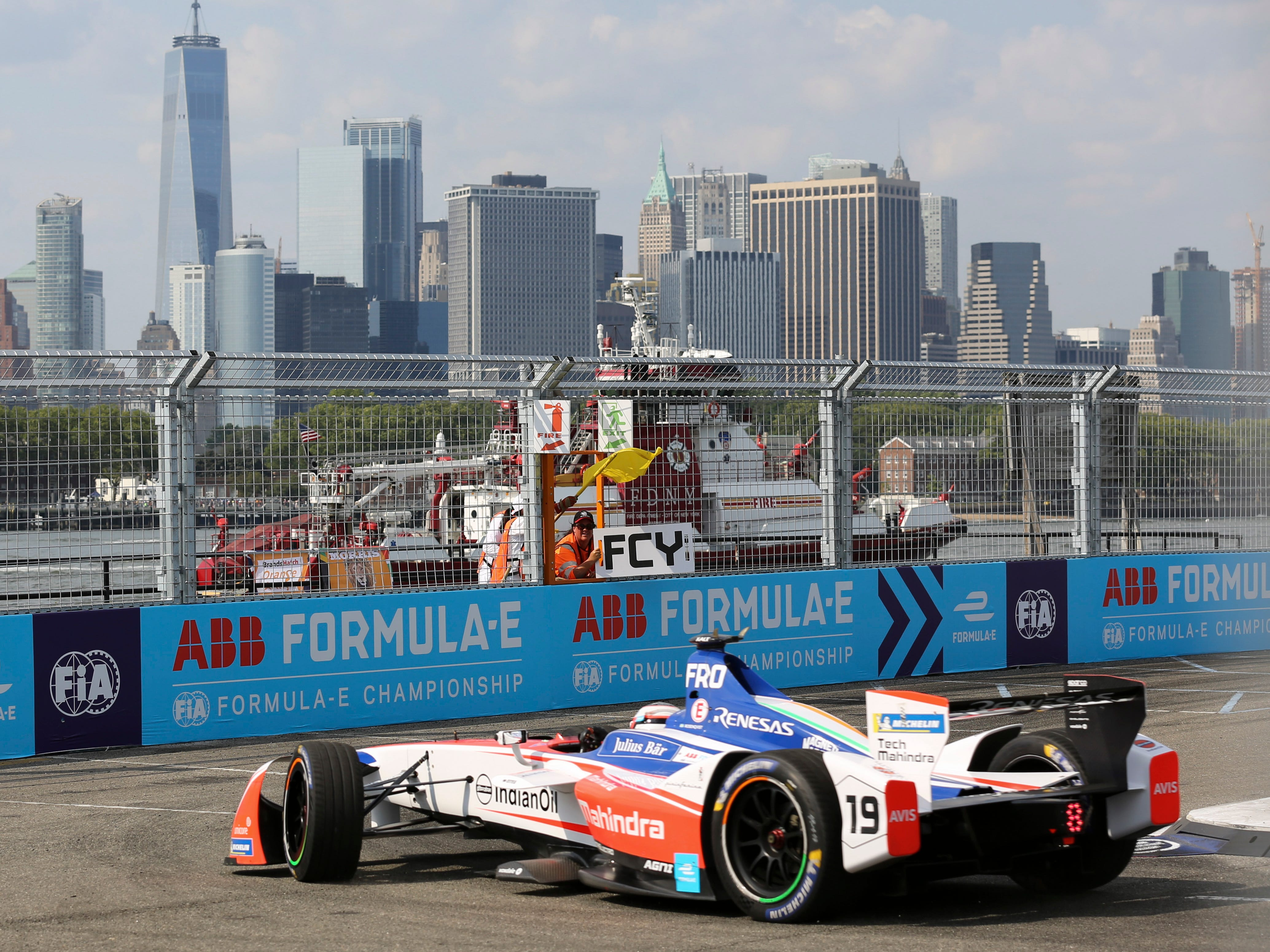Like the Detroit Grand Prix on Belle Isle, the New York City E-Prix's Brooklyn circuit is laid out on public streets with Manhattan skyscrapers forming a majestic backdrop across the river.