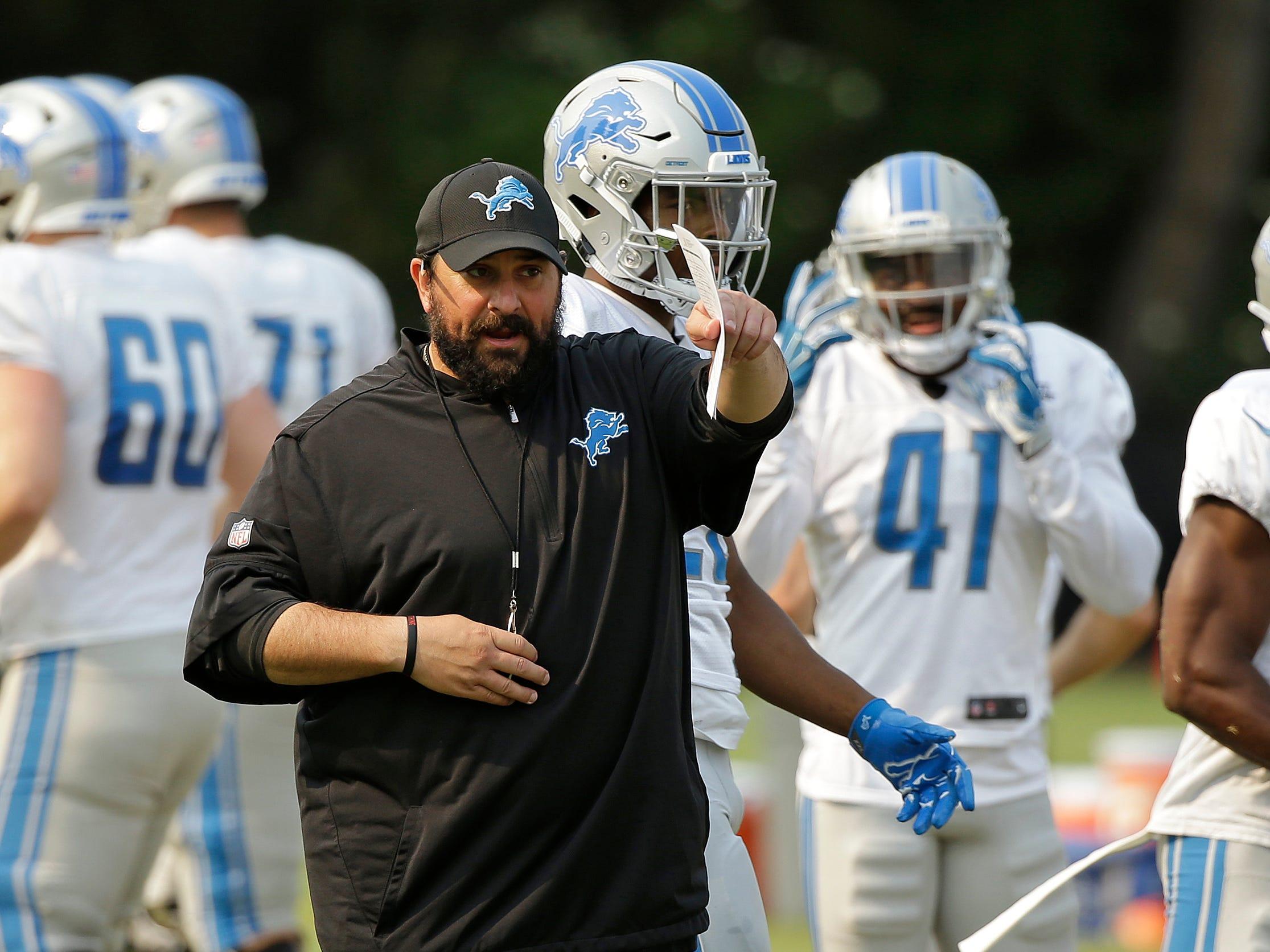 Lions head coach Matt Patricia gives instructions.