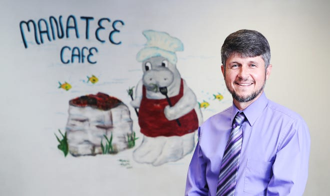 Scott LeMaster is the principal at Manatee Elementary School in Fort Myers. He is considered a turnaround principal. A turn around principal is asked to go to lower performing schools and improve thier performance.
