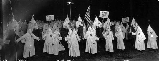 Ku Klux Klan gather in Muncie in 1922.