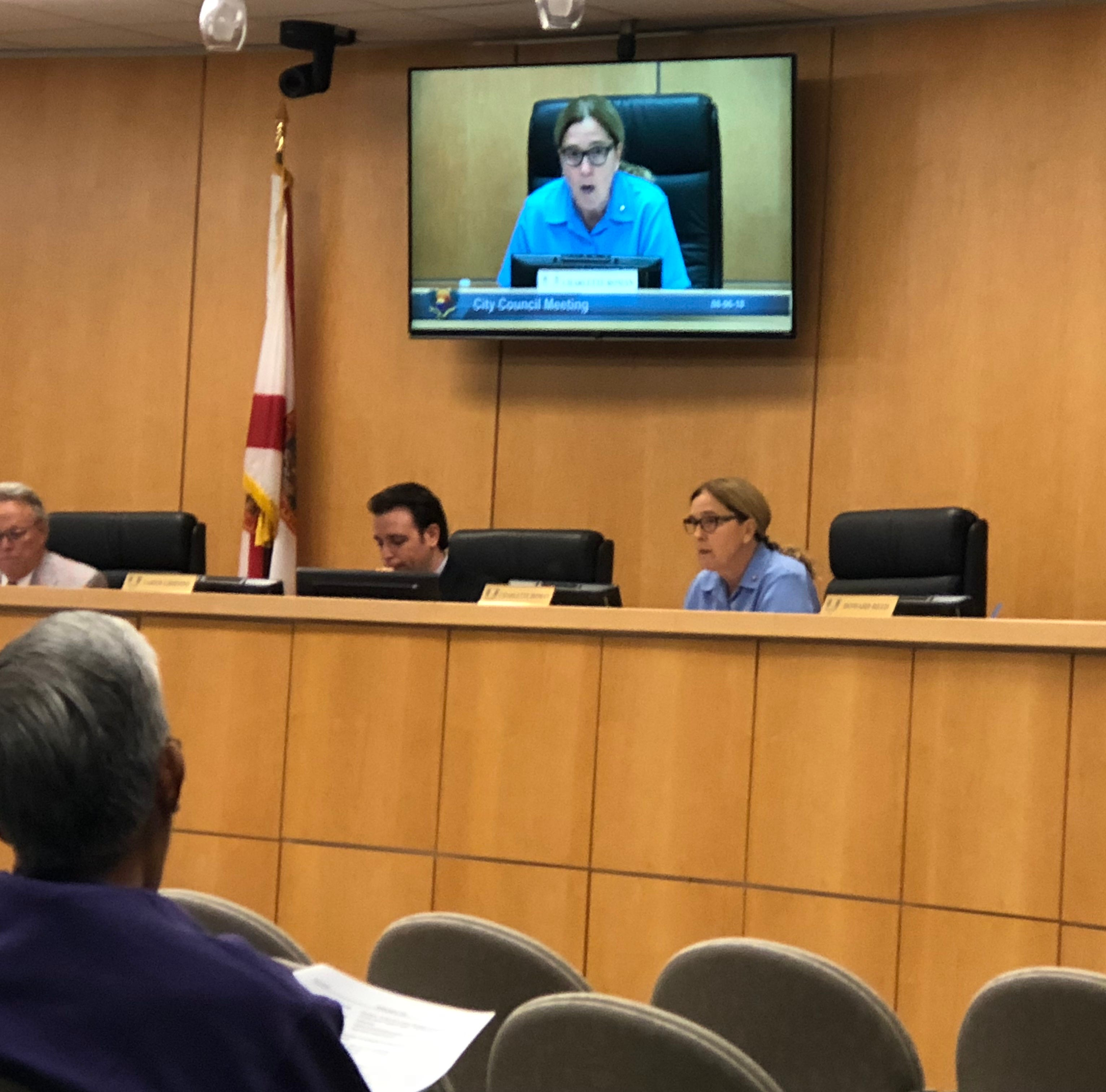 Marco Council moving forward with program to find interim manager