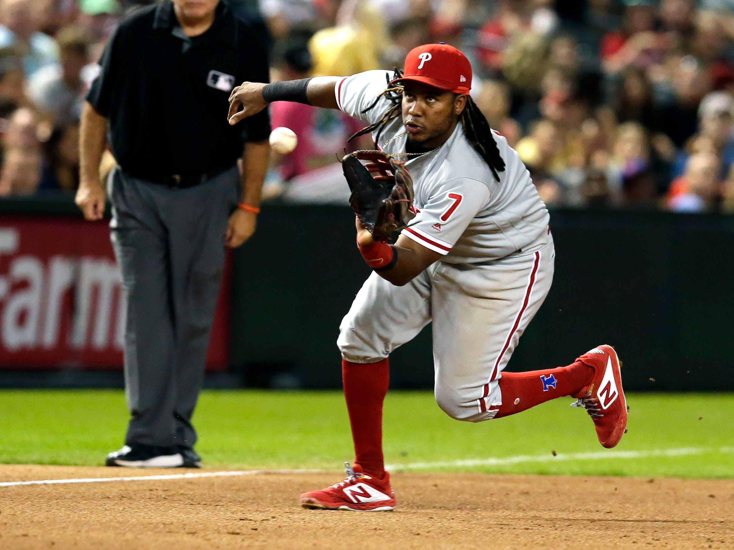 Philadelphia Phillies third baseman Maikel Franco (7) in the first inning during a baseball game against the Arizona Diamondbacks, Tuesday, Aug. 7, 2018, in Phoenix.