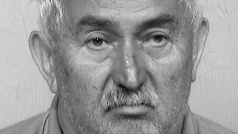 Mesa man accused of molesting 2 young sisters for years
