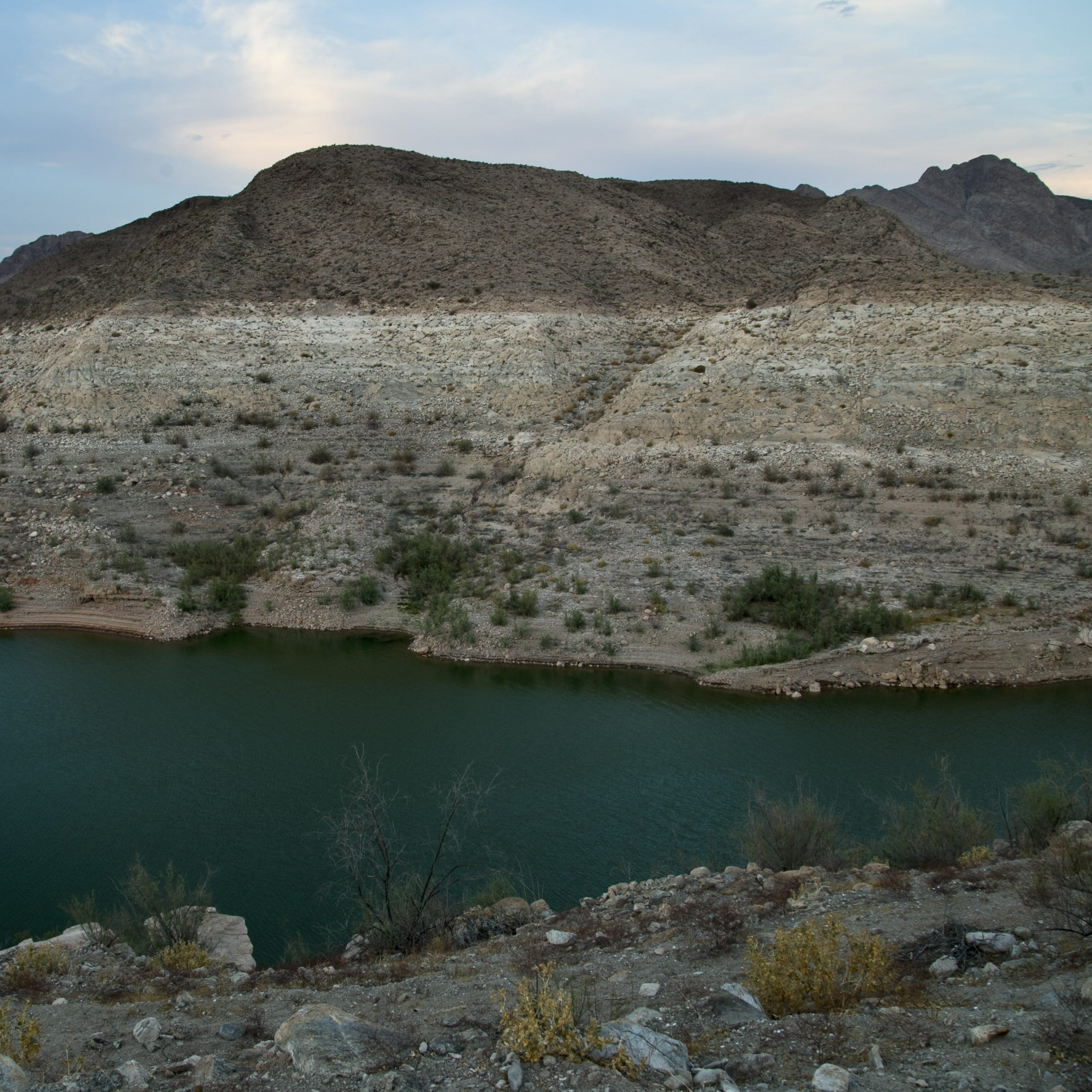 Arizona under pressure to pass Colorado River drought plan as deadline nears