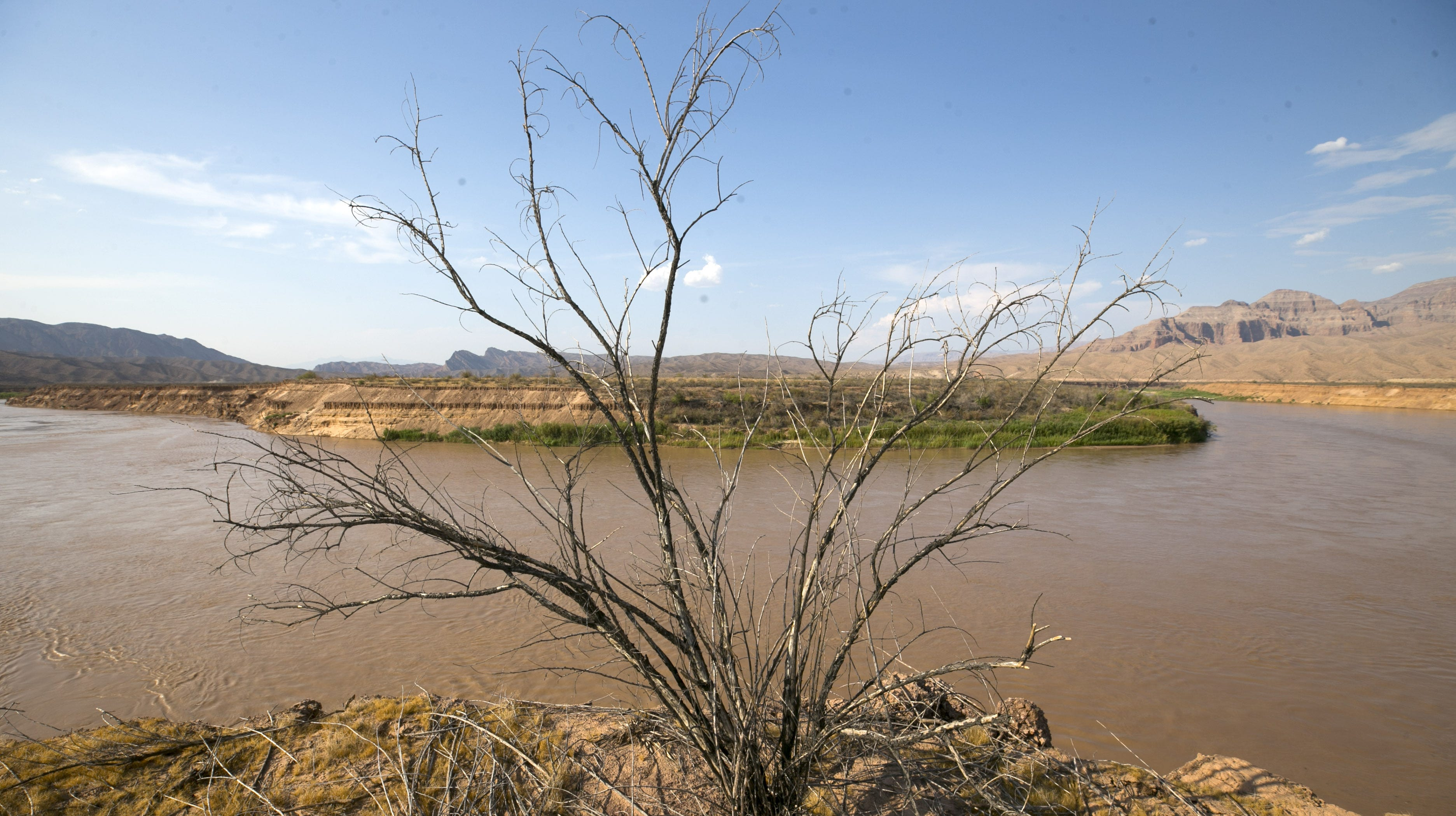 'A hot drought': Warming is driving much of the Colorado River's decline, scientists say