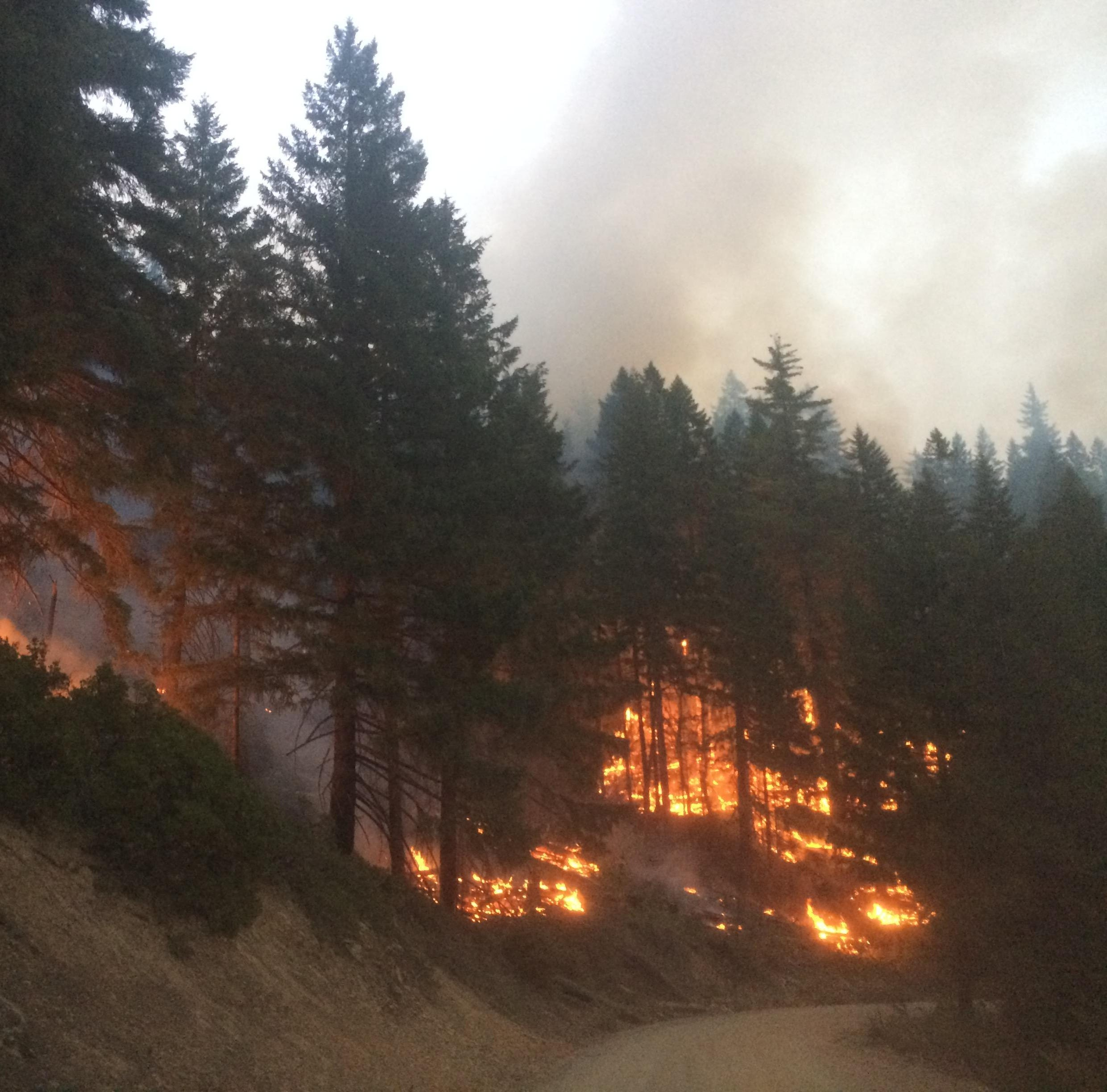 Oregon wildfires: Erratic weather ahead for crews battling 55,000-acre Klondike Fire