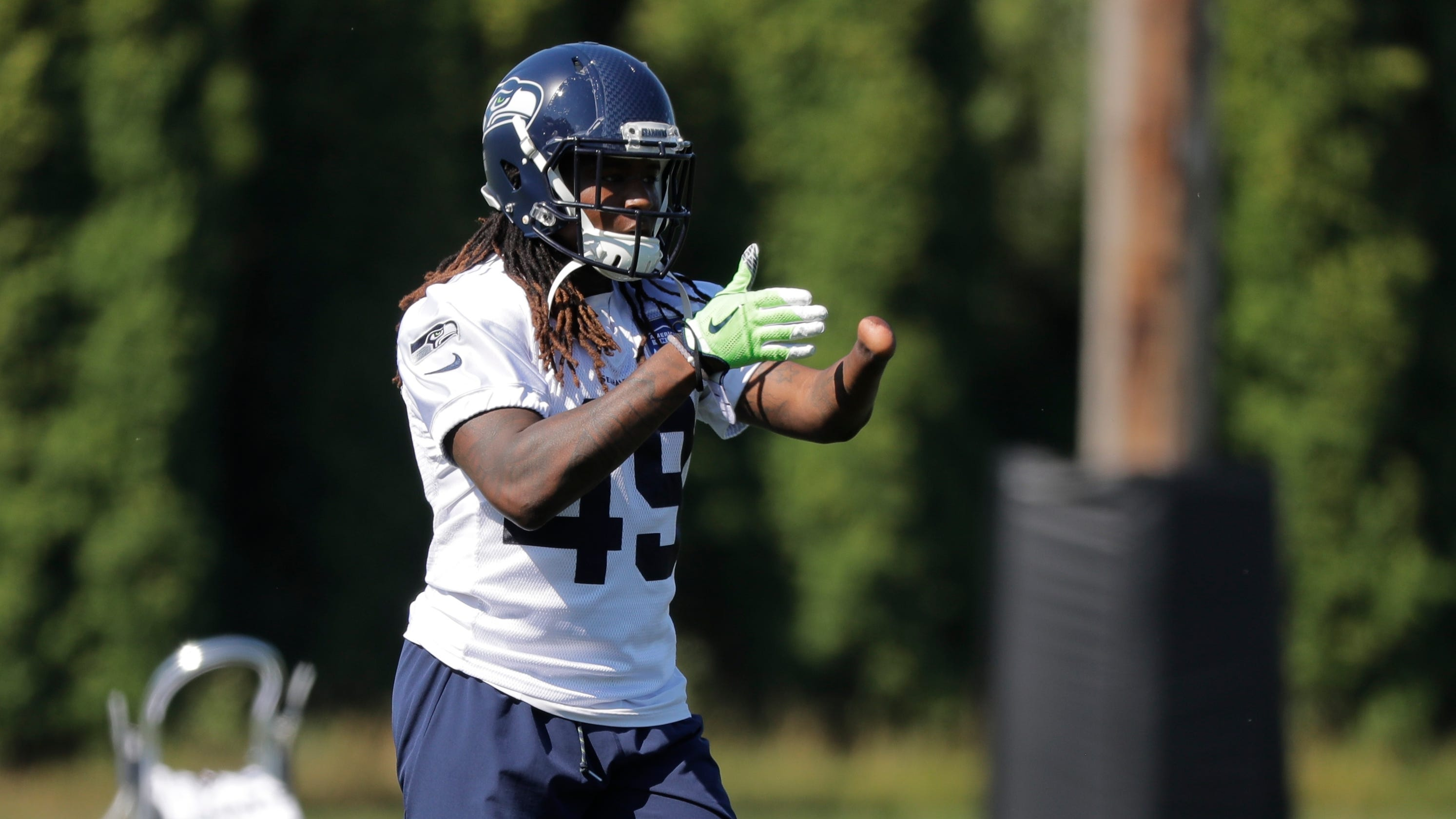 Shaquem Griffin is more than a feel-good story — just ask his Seattle  Seahawks teammates 1bd21d9c7