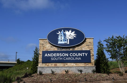Anderson County, South Carolina welcome sign on southbound I85 at SC 153 in Powdersville.