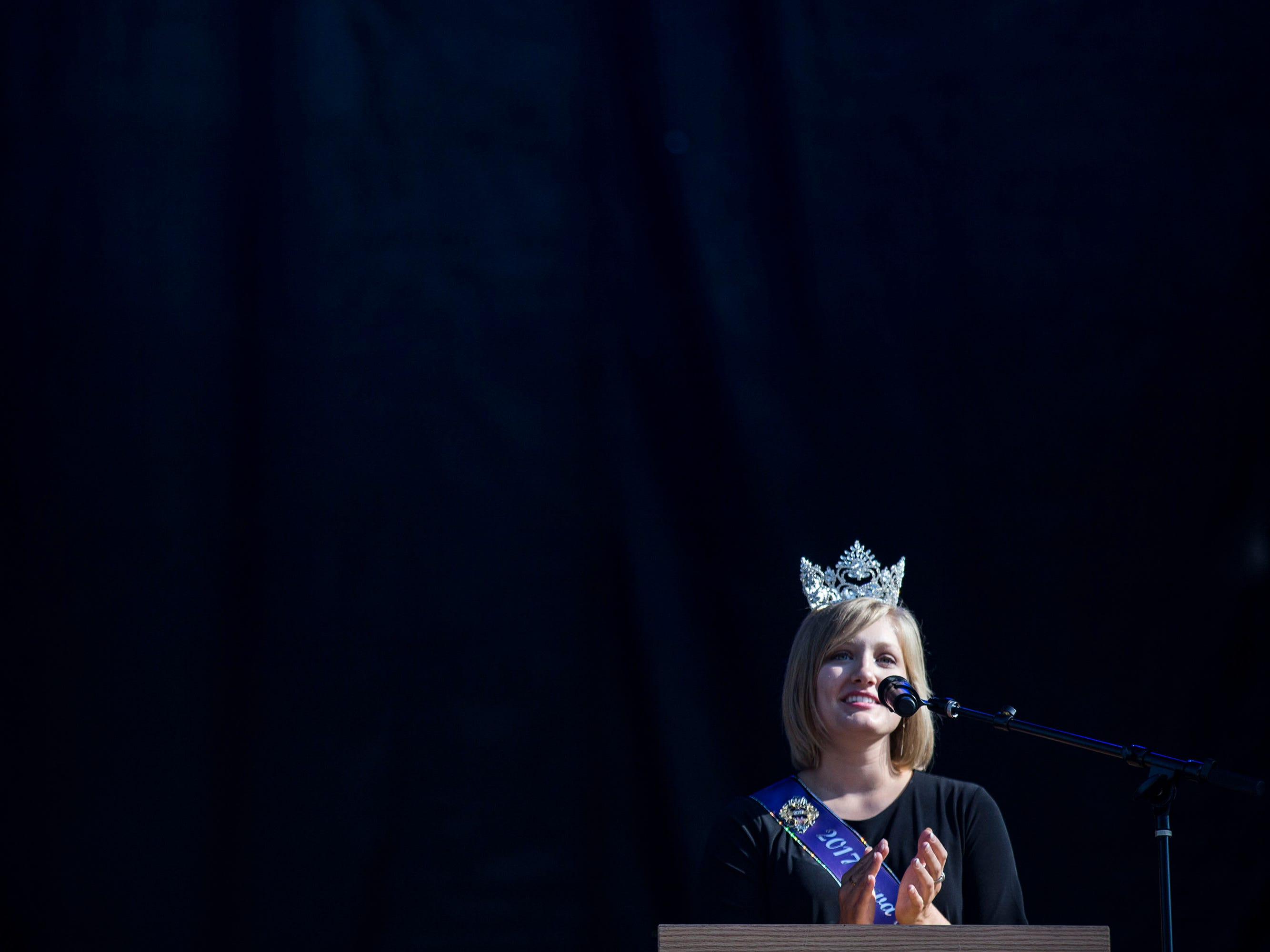 Jacqueline Ehrlich, 2017 Iowa State Fair Queen, speaks to the crowd during the opening ceremony for the Iowa State Fair on Thursday, Aug. 9, 2018, in Des Moines.