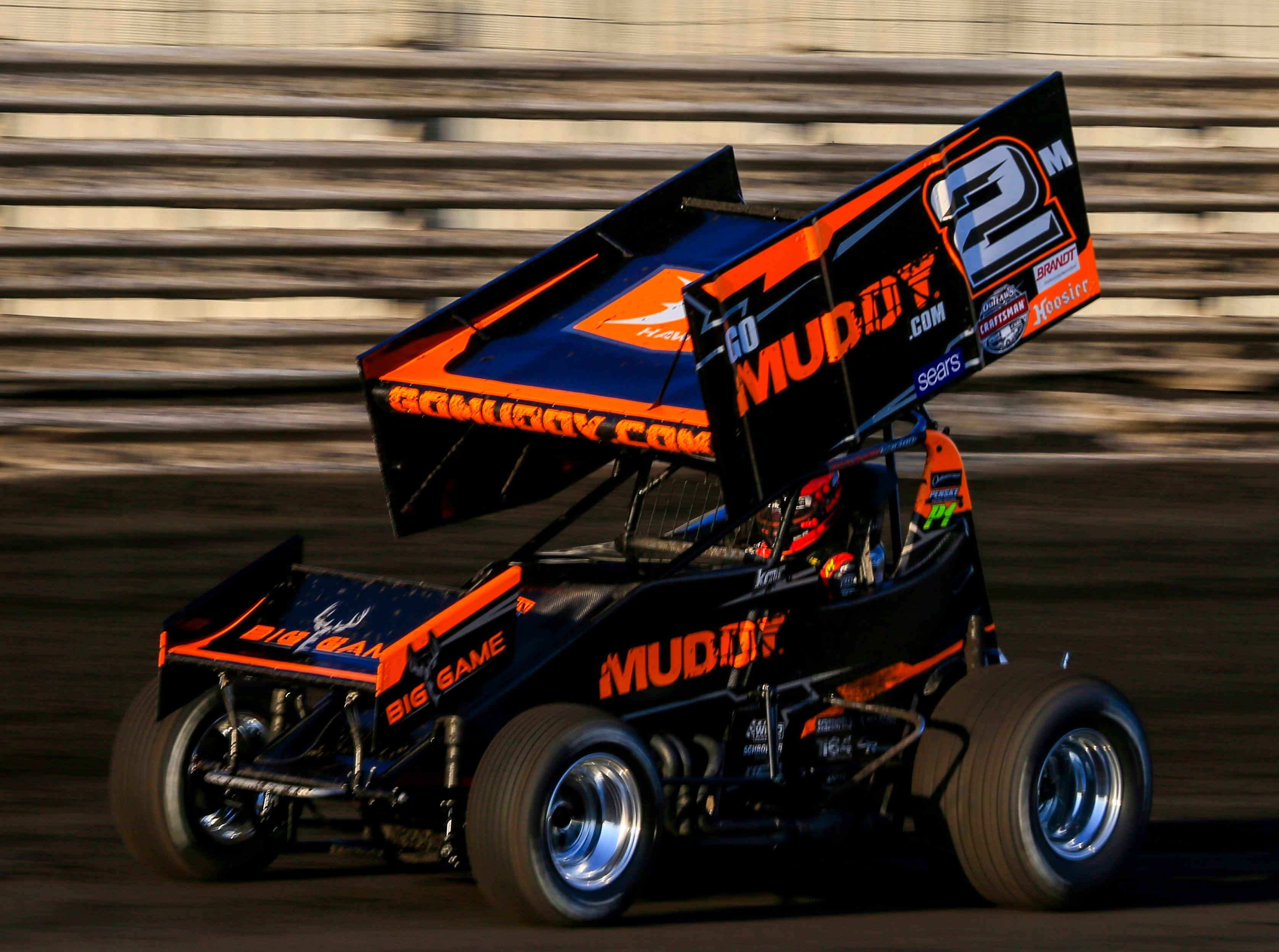 Kerry Madsen rounds the track during the Knoxville Nationals Wednesday, Aug. 8, 2018.