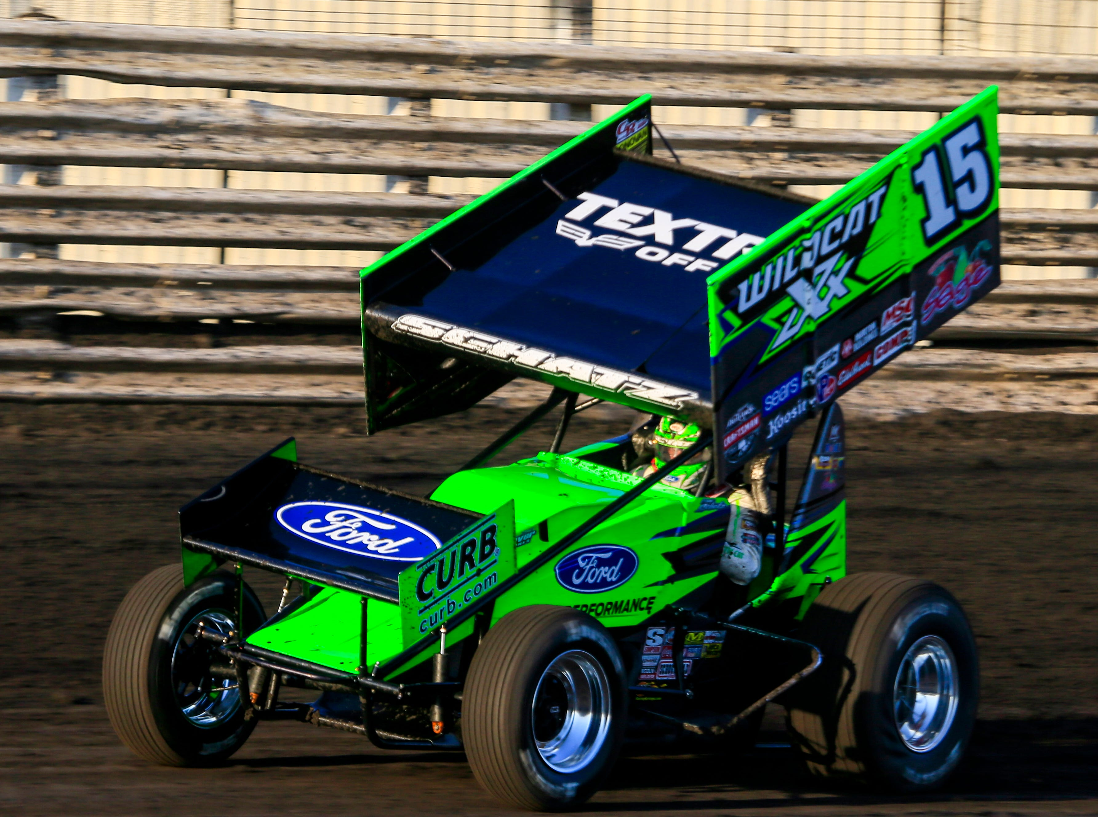 Donny Schatz rounds the track during the Knoxville Nationals Wednesday, Aug. 8, 2018.