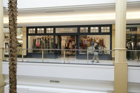 Madewell store at Somerset Collection in Troy.