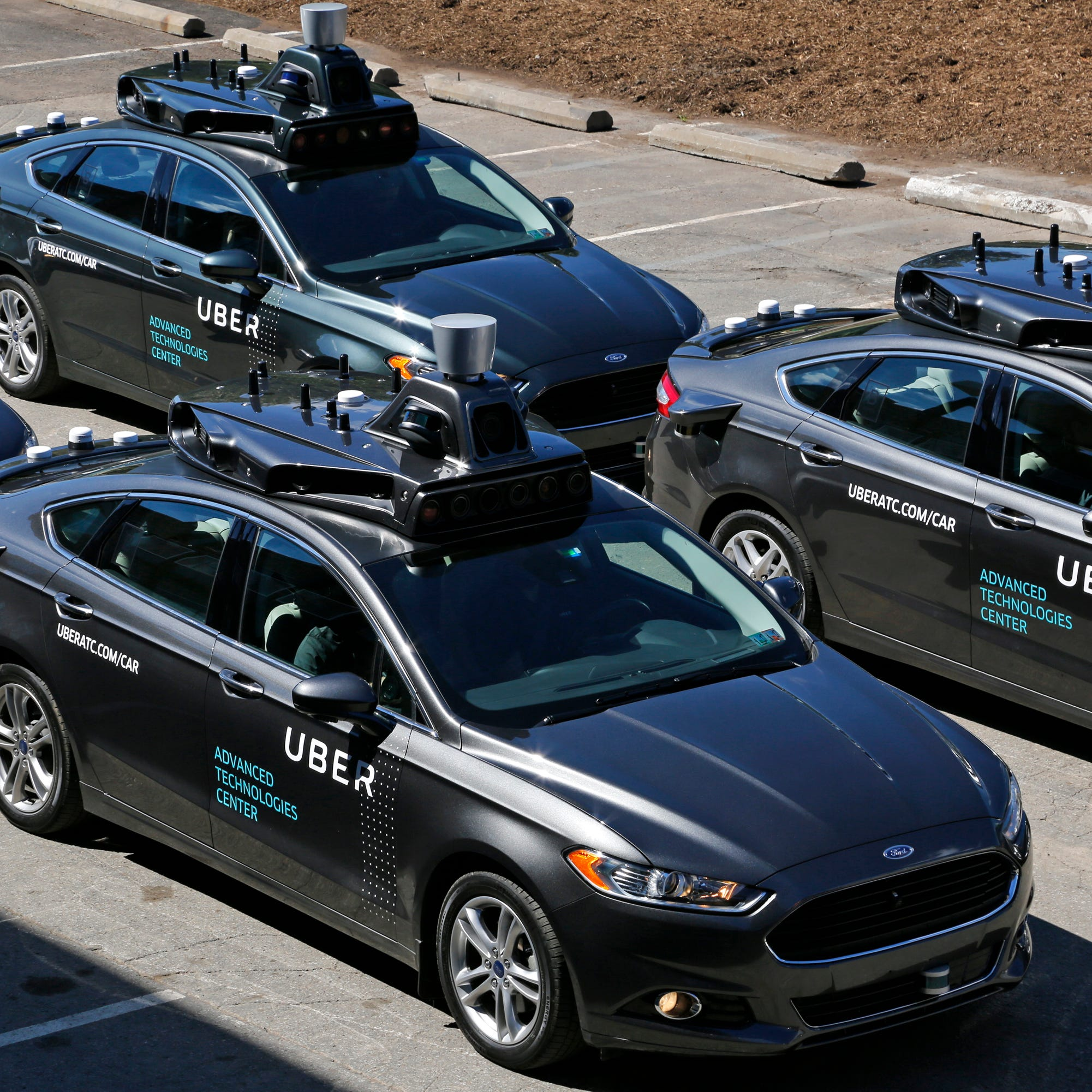 Study: States should require licensed drivers for robot cars