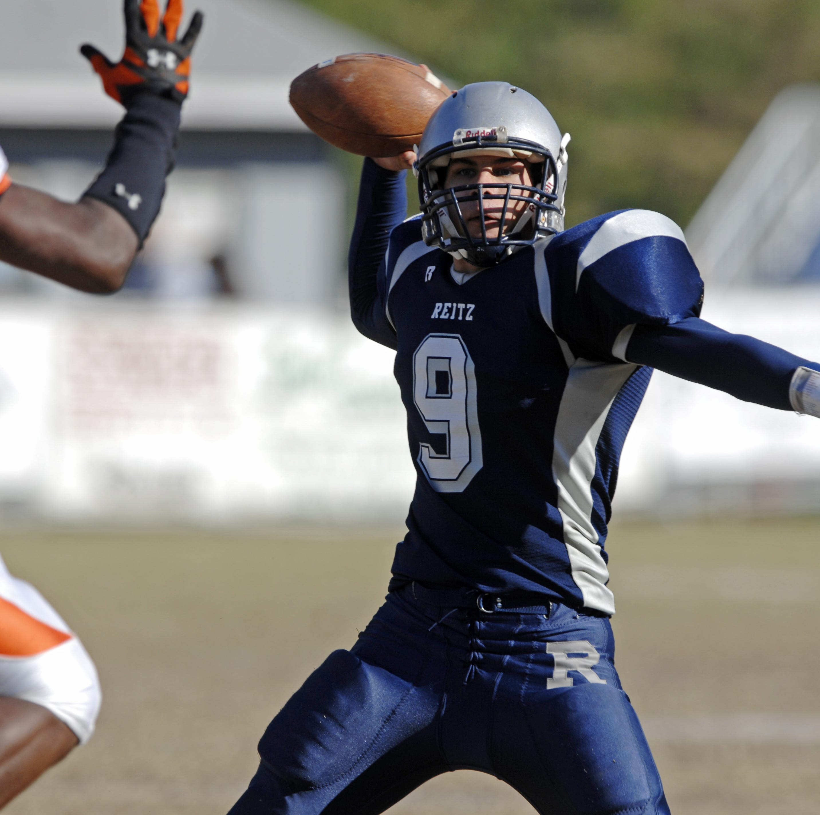 Help us pick the best football team from each SIAC school over the past 50 years |Engelhardt