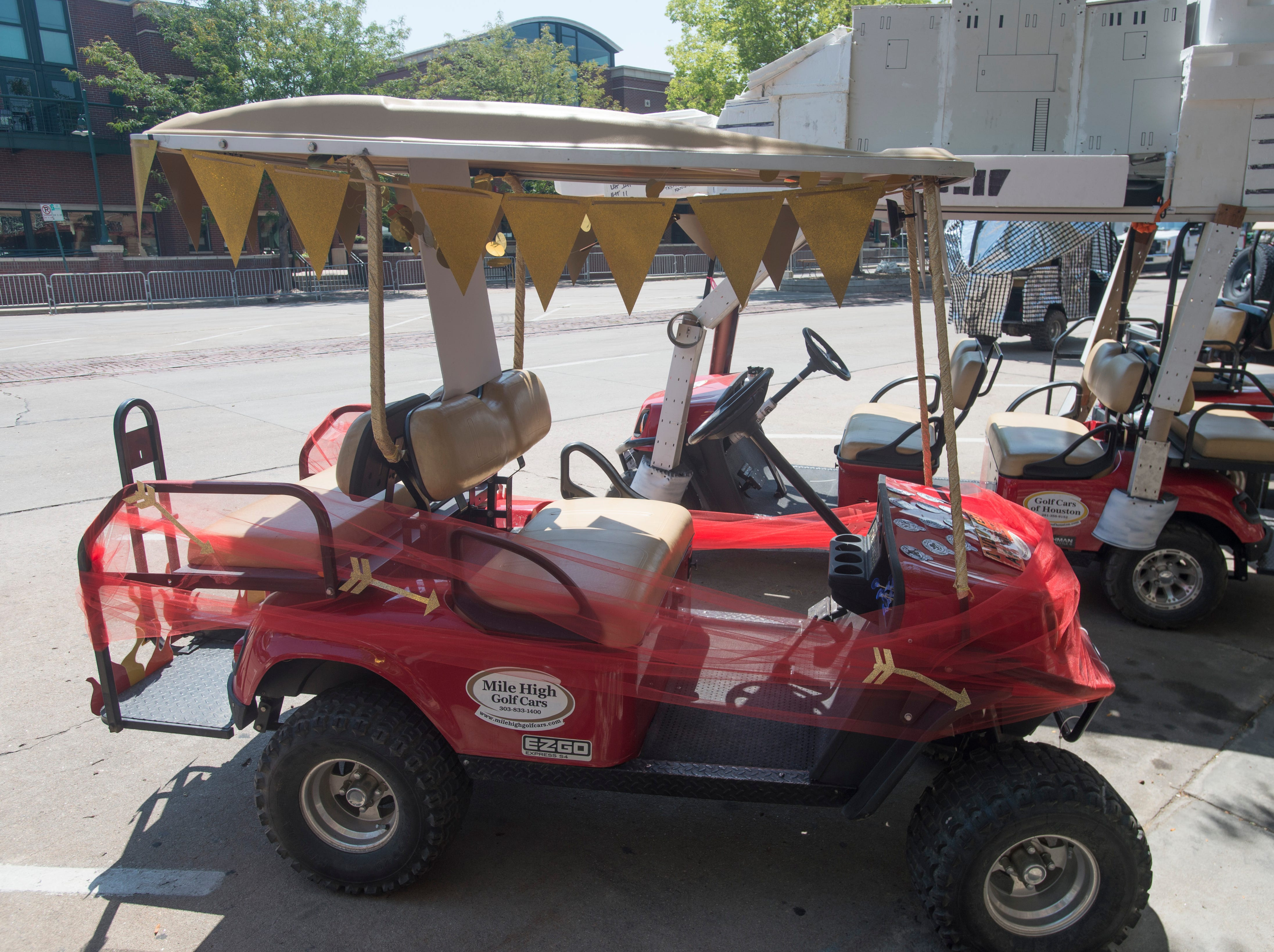 Golf Cart 6: Vote for your favorite NewWestFest decorated golf cart.