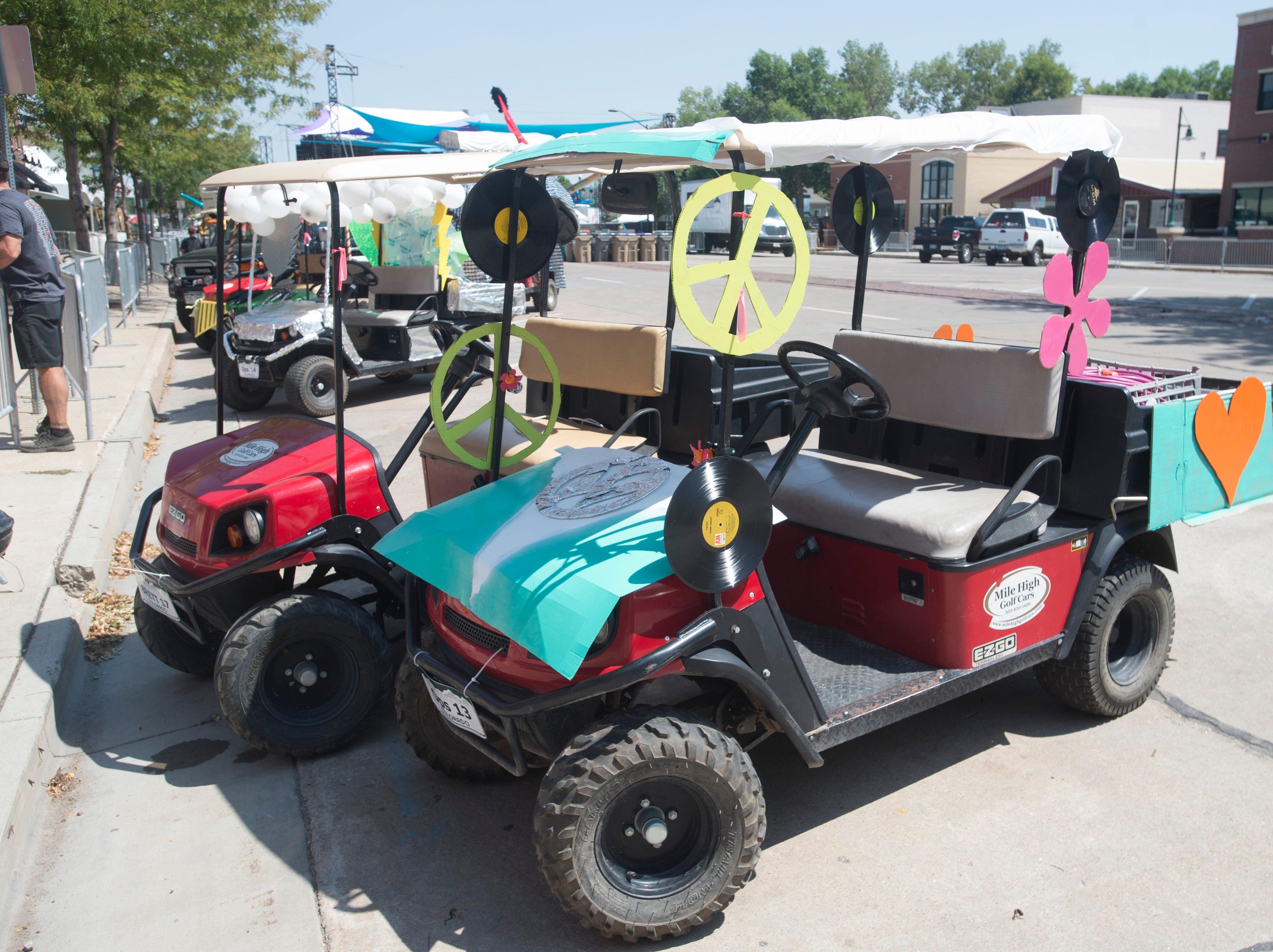 Golf Cart 4: Vote for your favorite NewWestFest decorated golf cart.