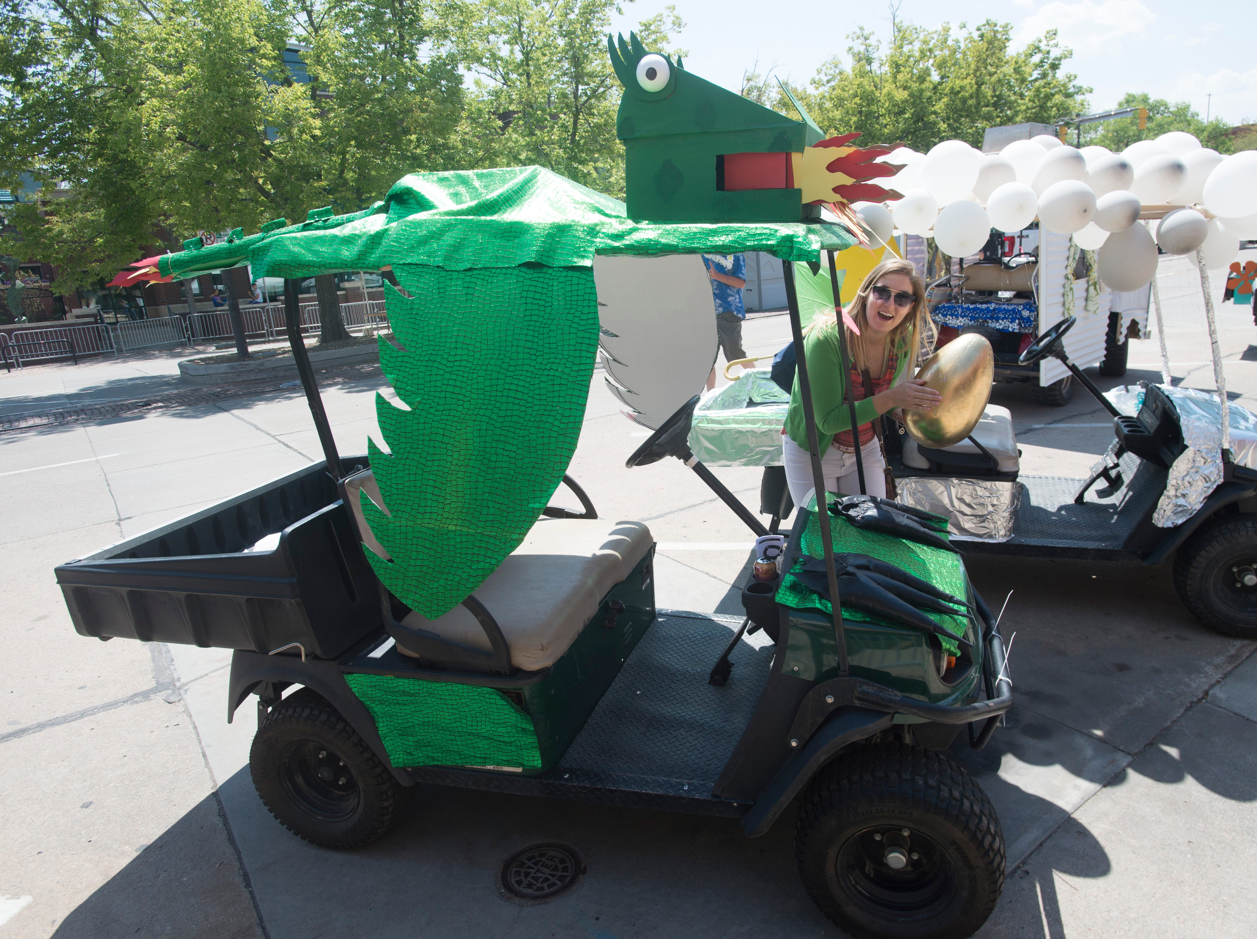 Golf Cart 9: Vote for your favorite NewWestFest decorated golf cart.