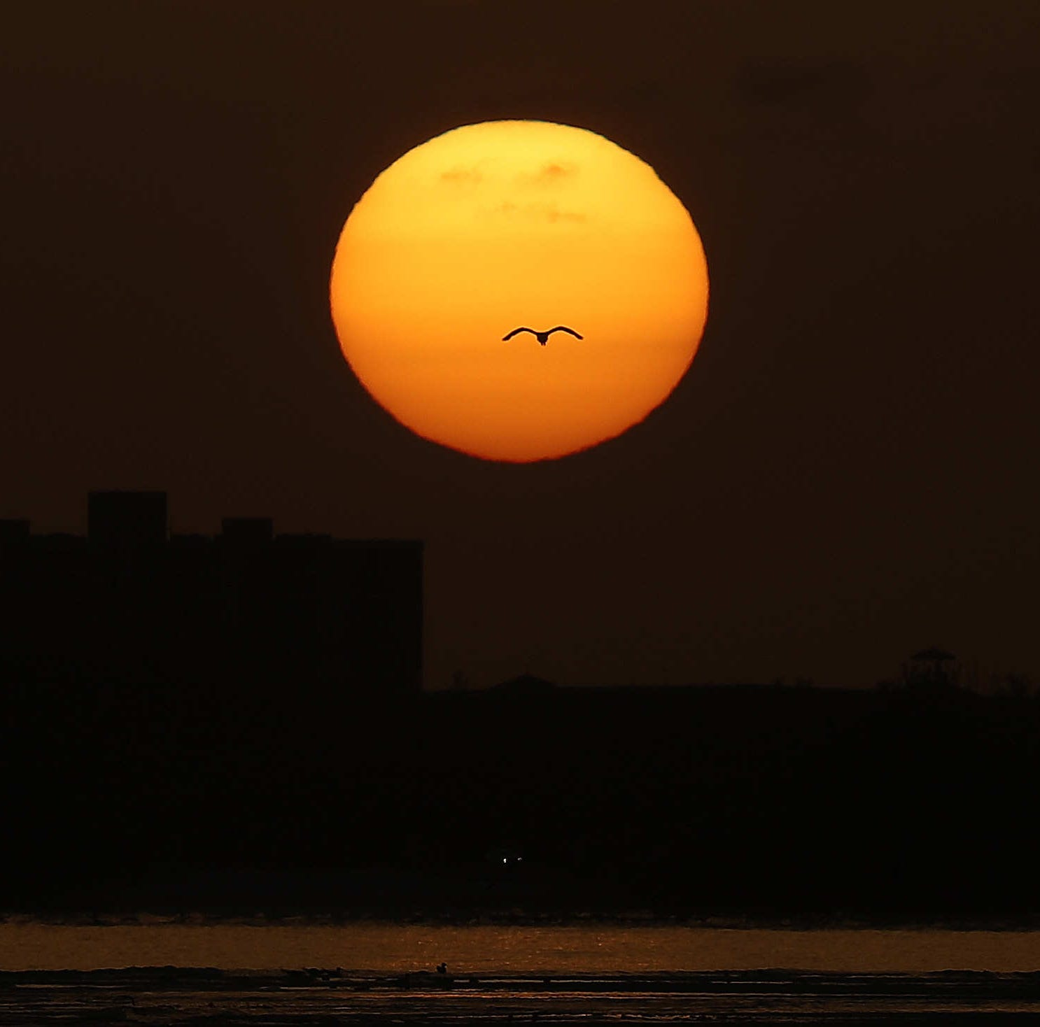 Fort Myers, Naples see record heat